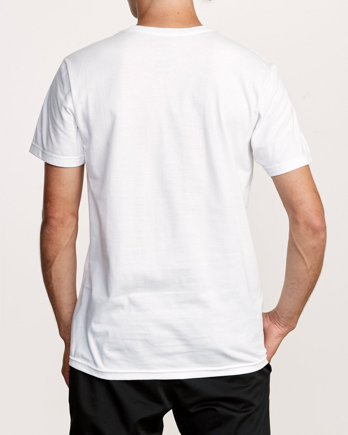 2 Big Glitch TEE White M401VRBG RVCA