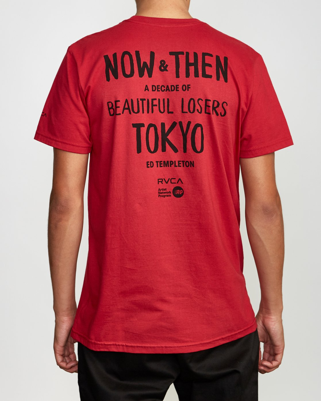 4 Ed Templeton BL Tokyo T-Shirt Red M401VRET RVCA