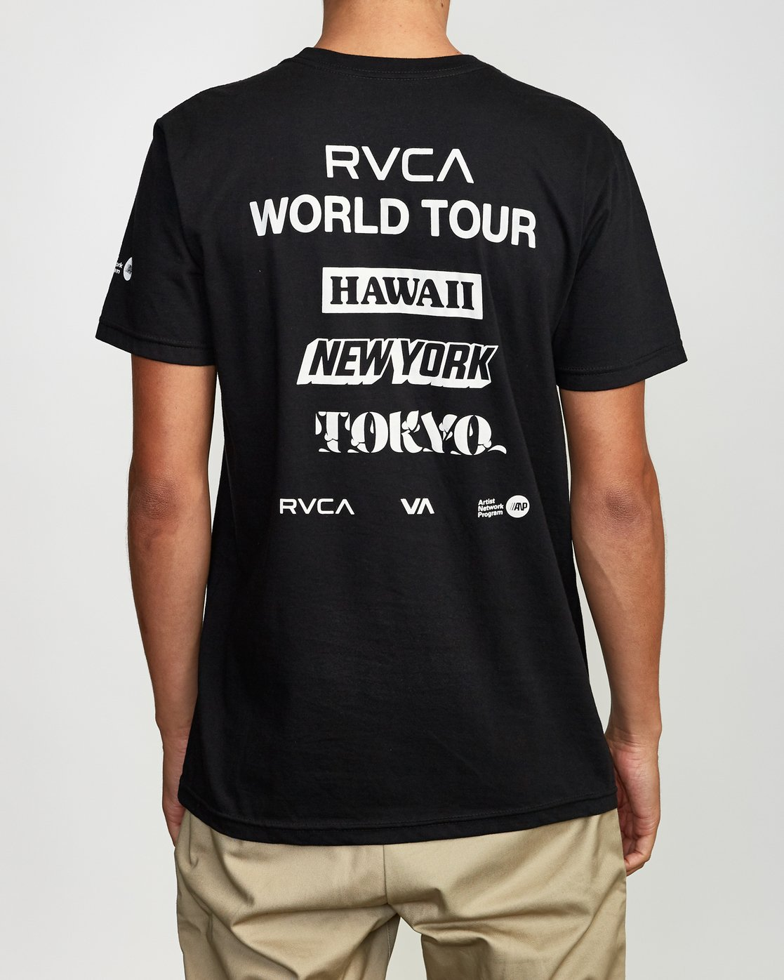 4 World Tour Tokyo T-Shirt Black M401VRWT RVCA