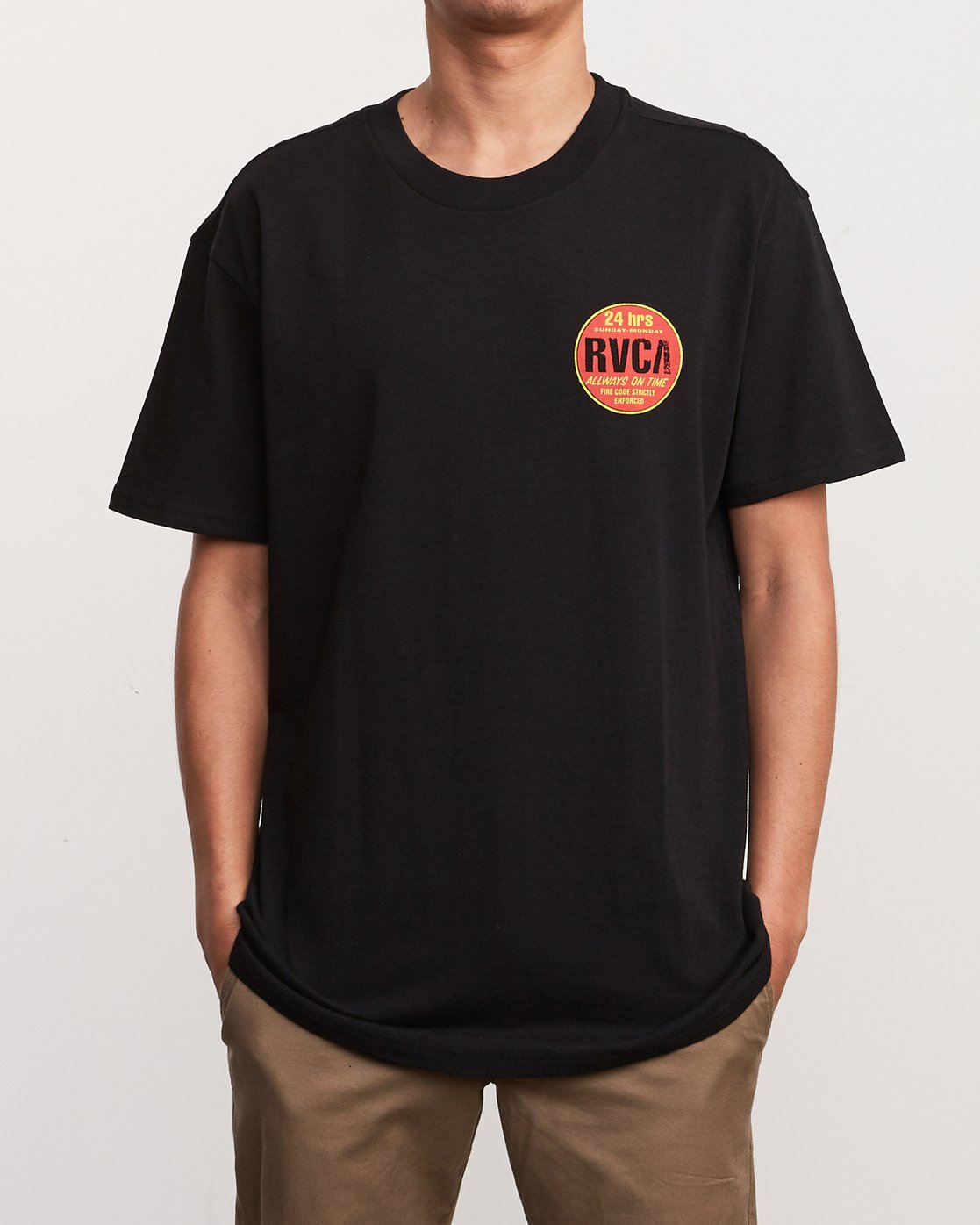 2 Insured T-Shirt Black M410URIN RVCA