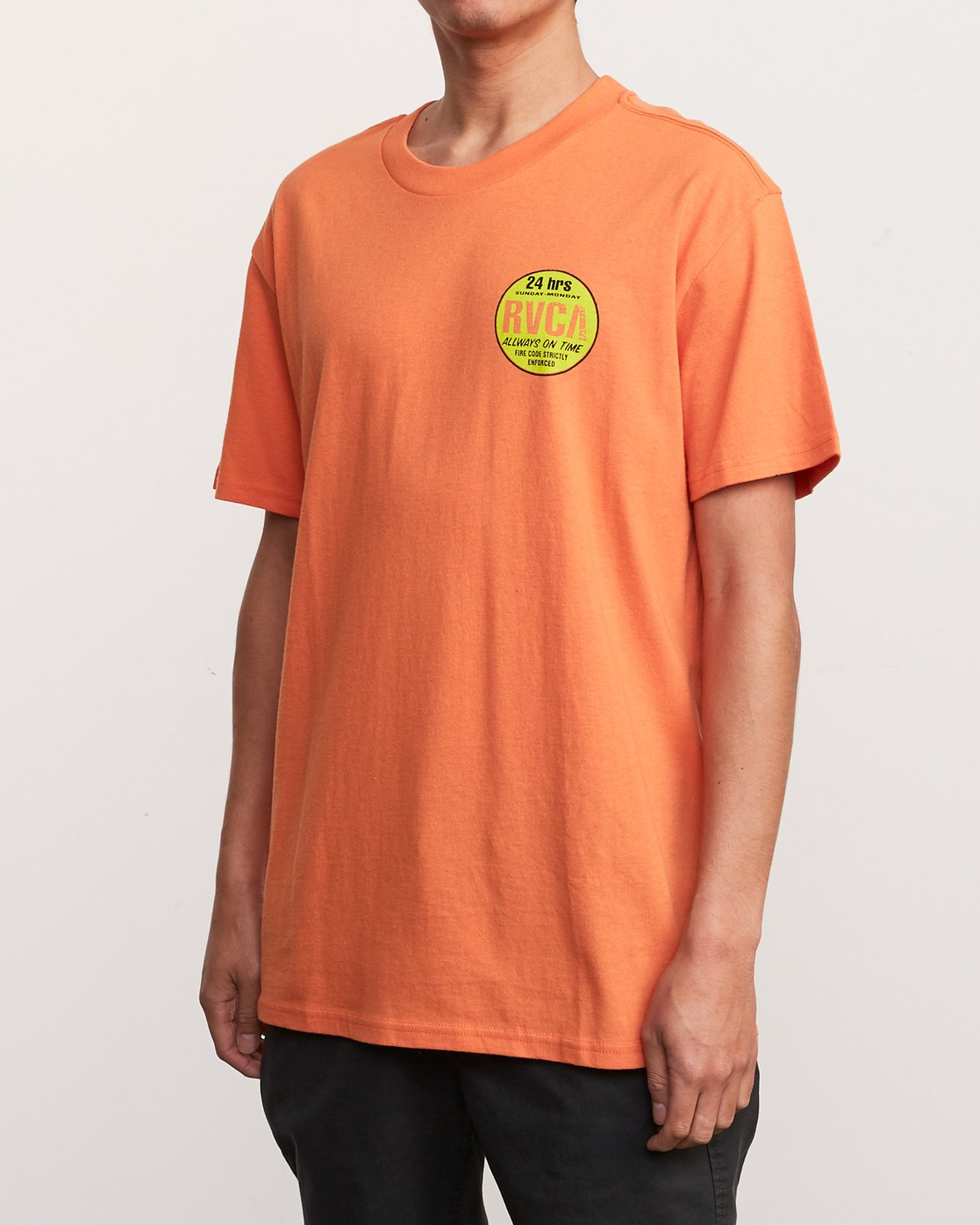 3 Insured T-Shirt Orange M410URIN RVCA