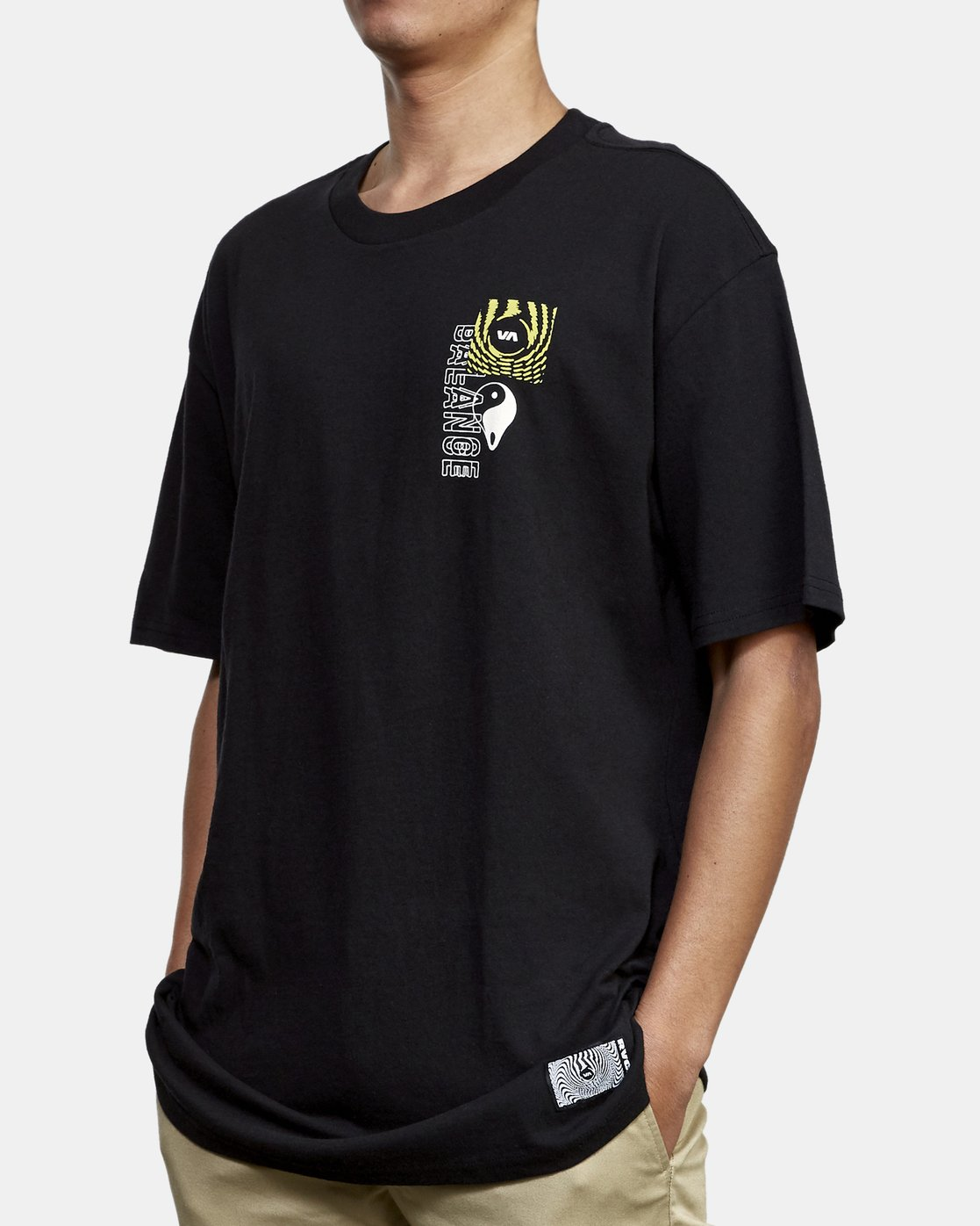 3 Void T-Shirt Black M410WRVO RVCA