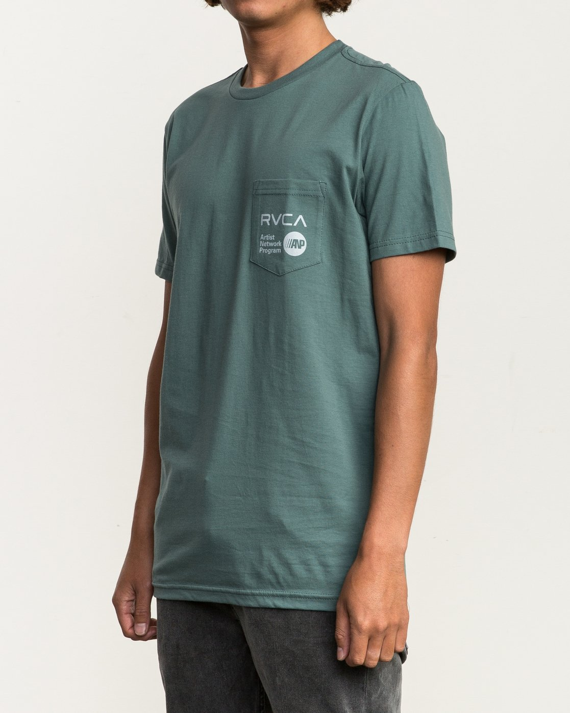 2 ANP Pocket T-Shirt Green M412SRAN RVCA