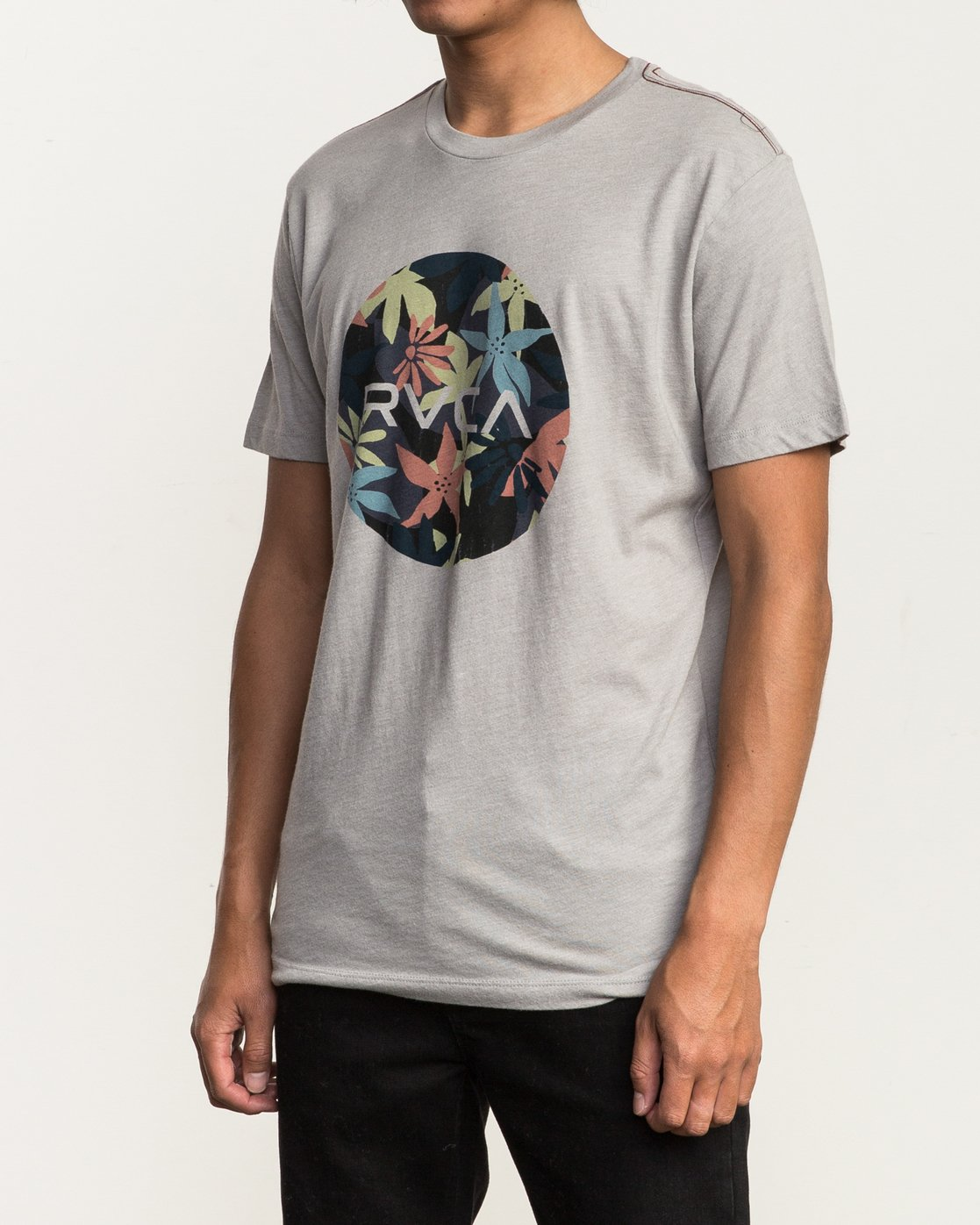 2 Motors Fill T-Shirt Multicolor M420SRMO RVCA