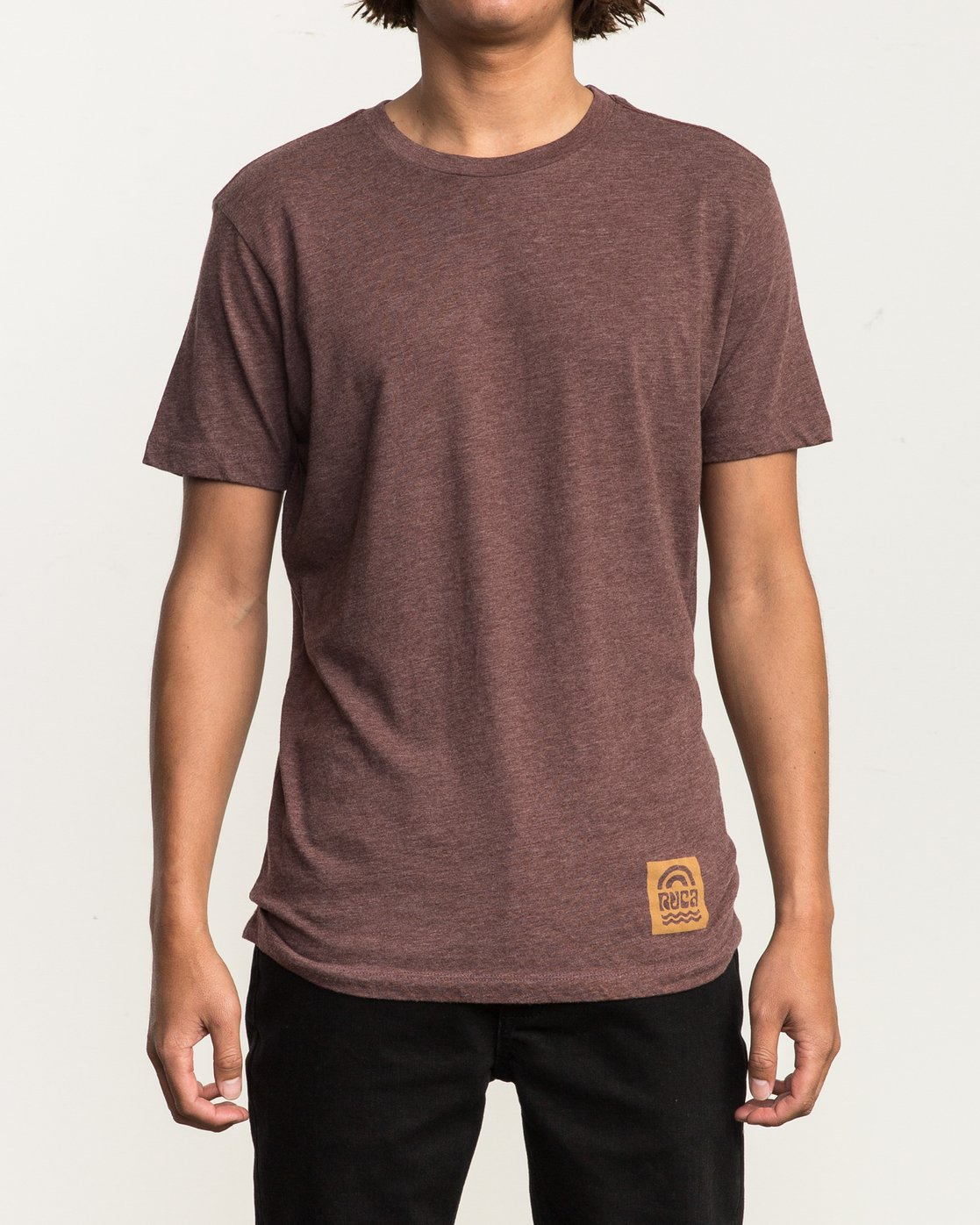 2 Rivey Era T-Shirt Red M420SRRI RVCA