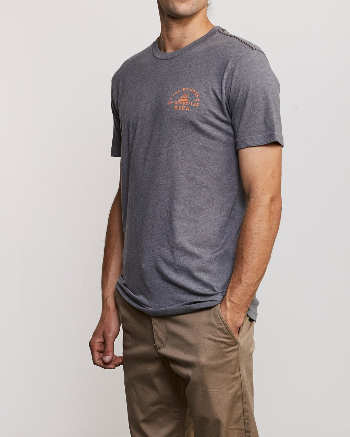 4 Risen T-Shirt Grey M420URRI RVCA
