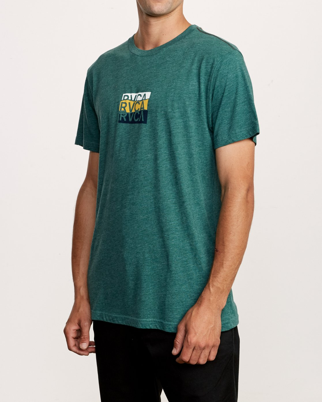 3 Overlap T-Shirt Green M420VROV RVCA