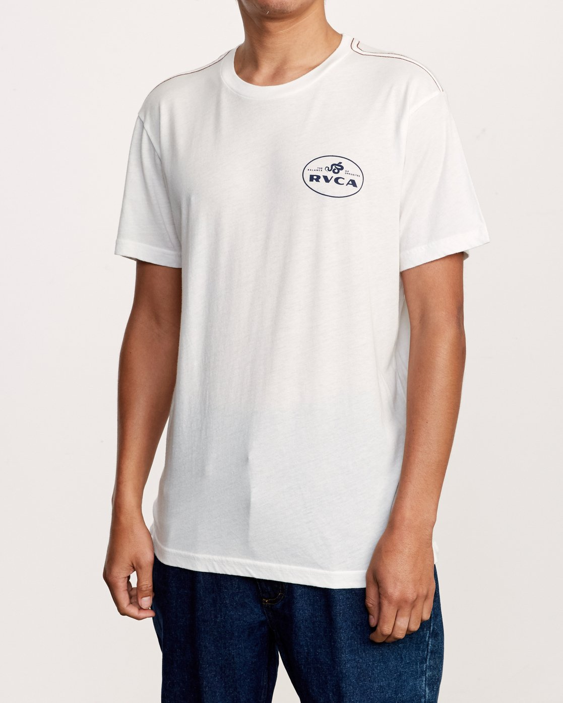 4 Serpent T-Shirt White M420VRSE RVCA