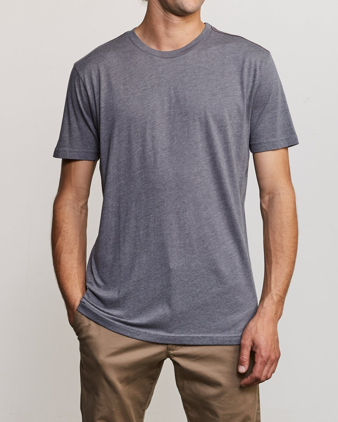 1 Solo Label T-Shirt Grey M420VRSO RVCA