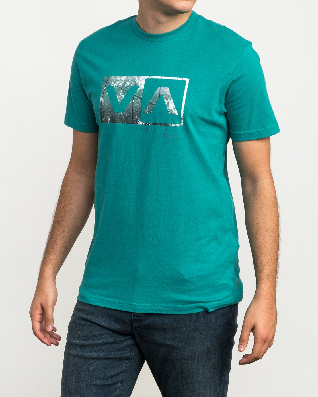 2 RVCA Reflection Box T-Shirt Green M426QRRE RVCA
