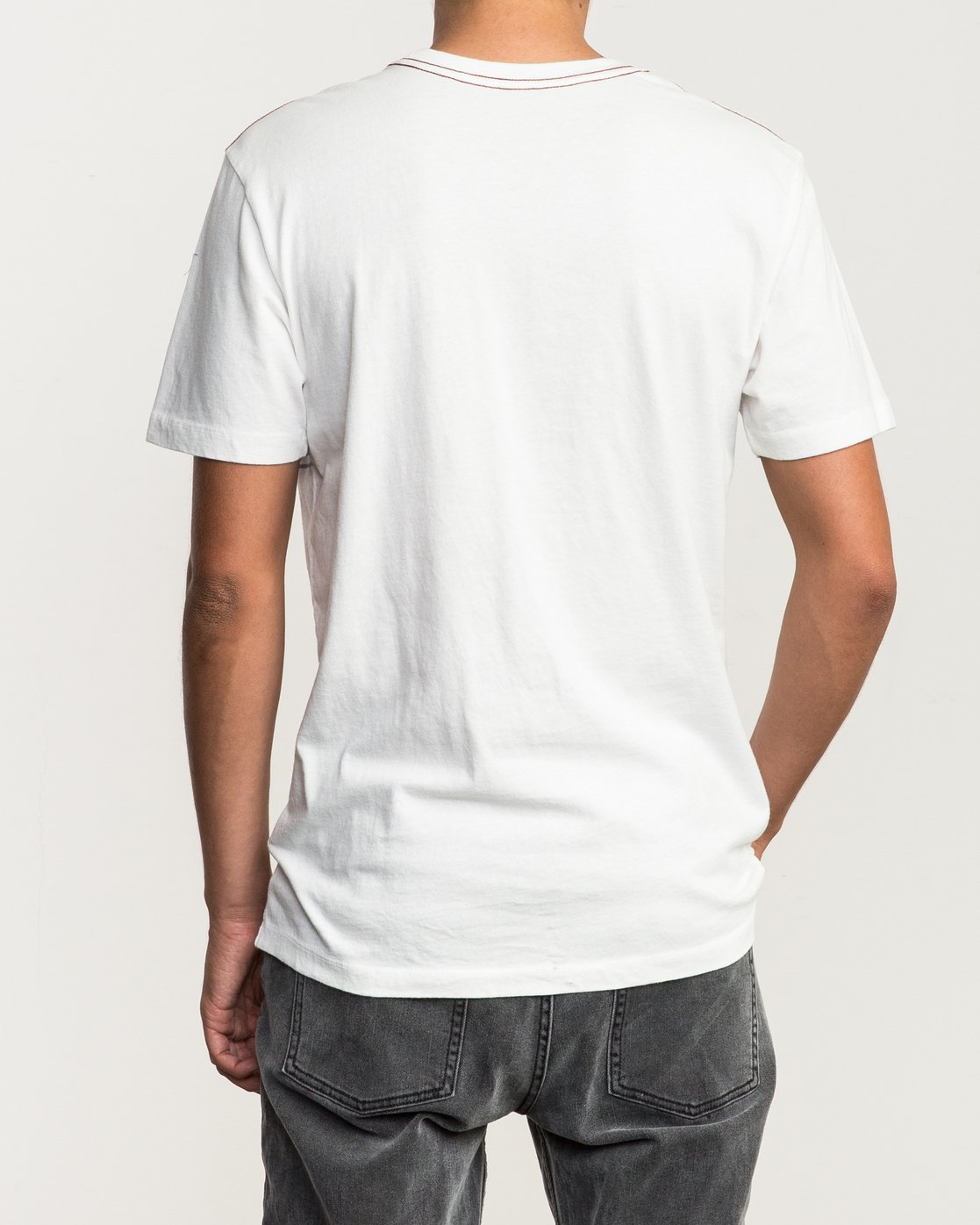 3 Motors Stripe T-Shirt White M430SRMO RVCA