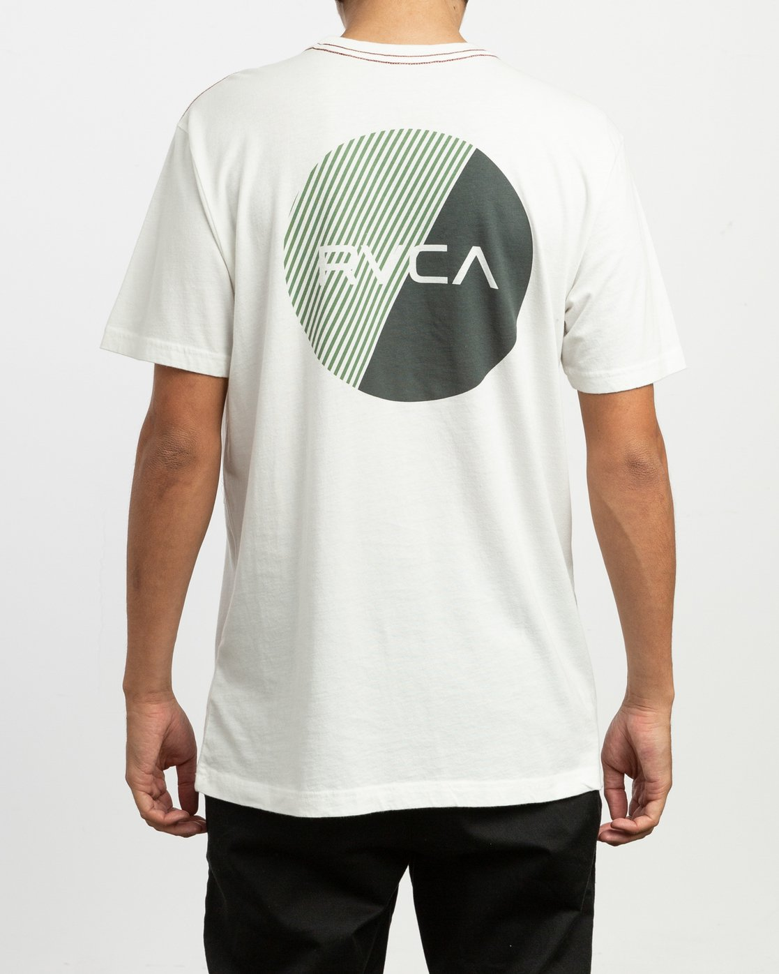 4 Blind Motors T-Shirt White M430TRBL RVCA