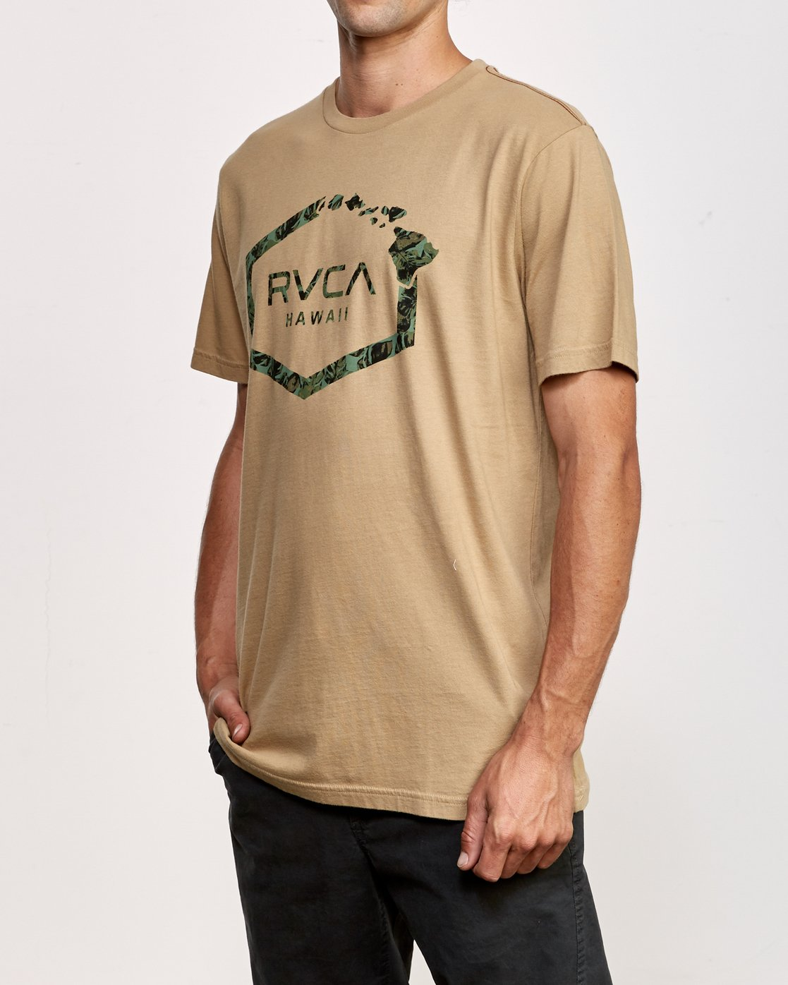 2 Island Hex T-Shirt Yellow M430VRIS RVCA