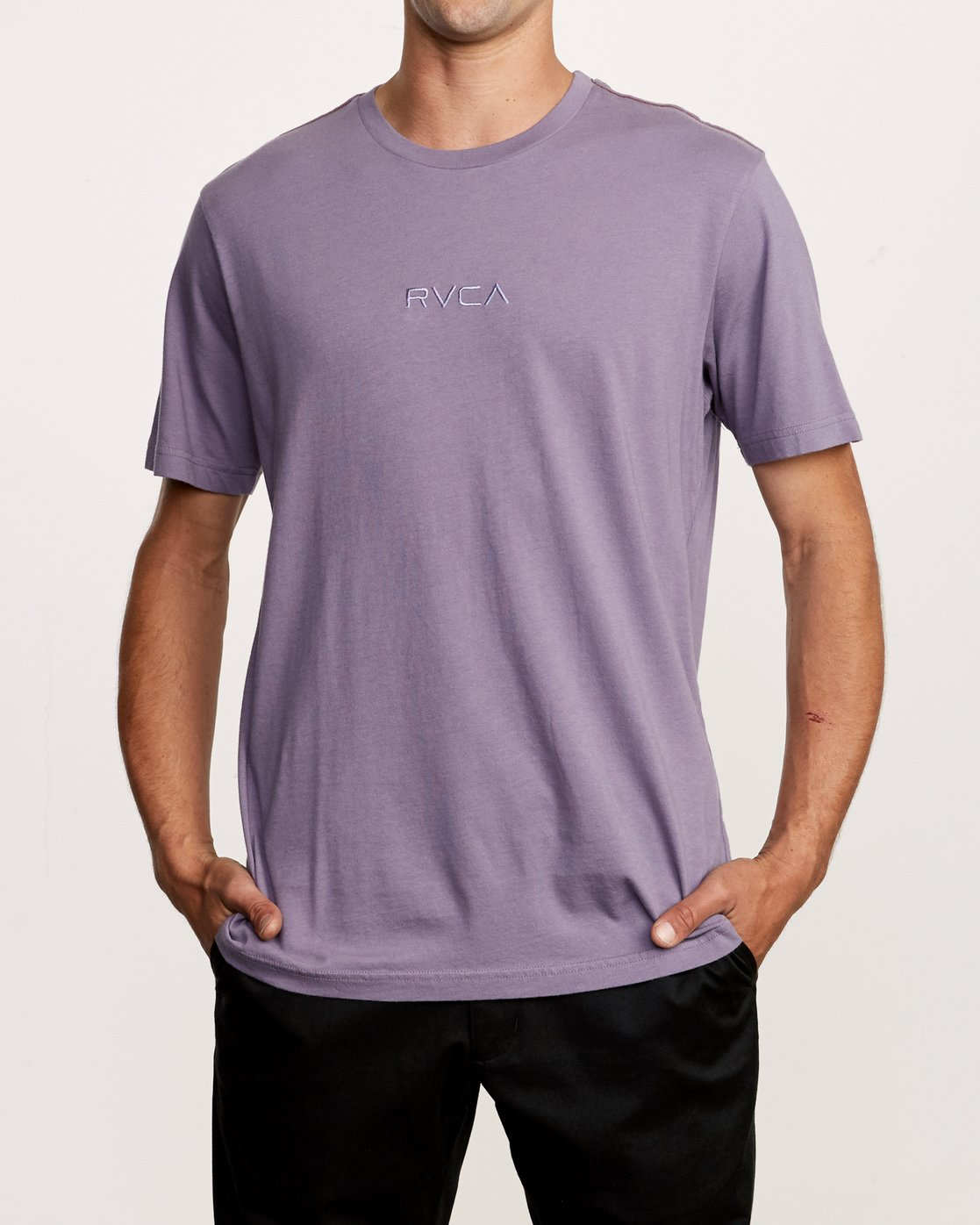 1 Small RVCA Embroidered T-Shirt Purple M430VRSM RVCA