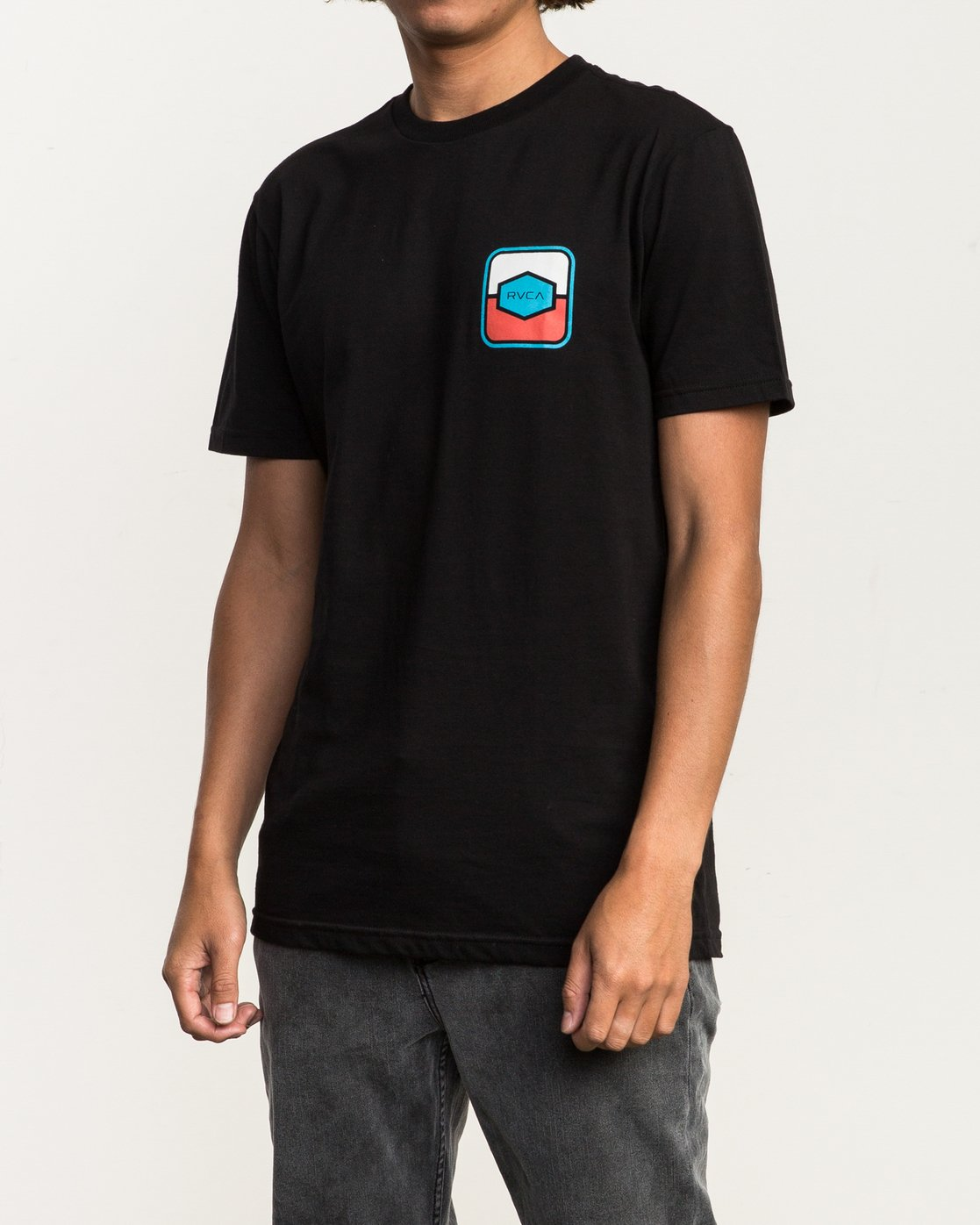 3 Milton T-Shirt Black M434SRMI RVCA