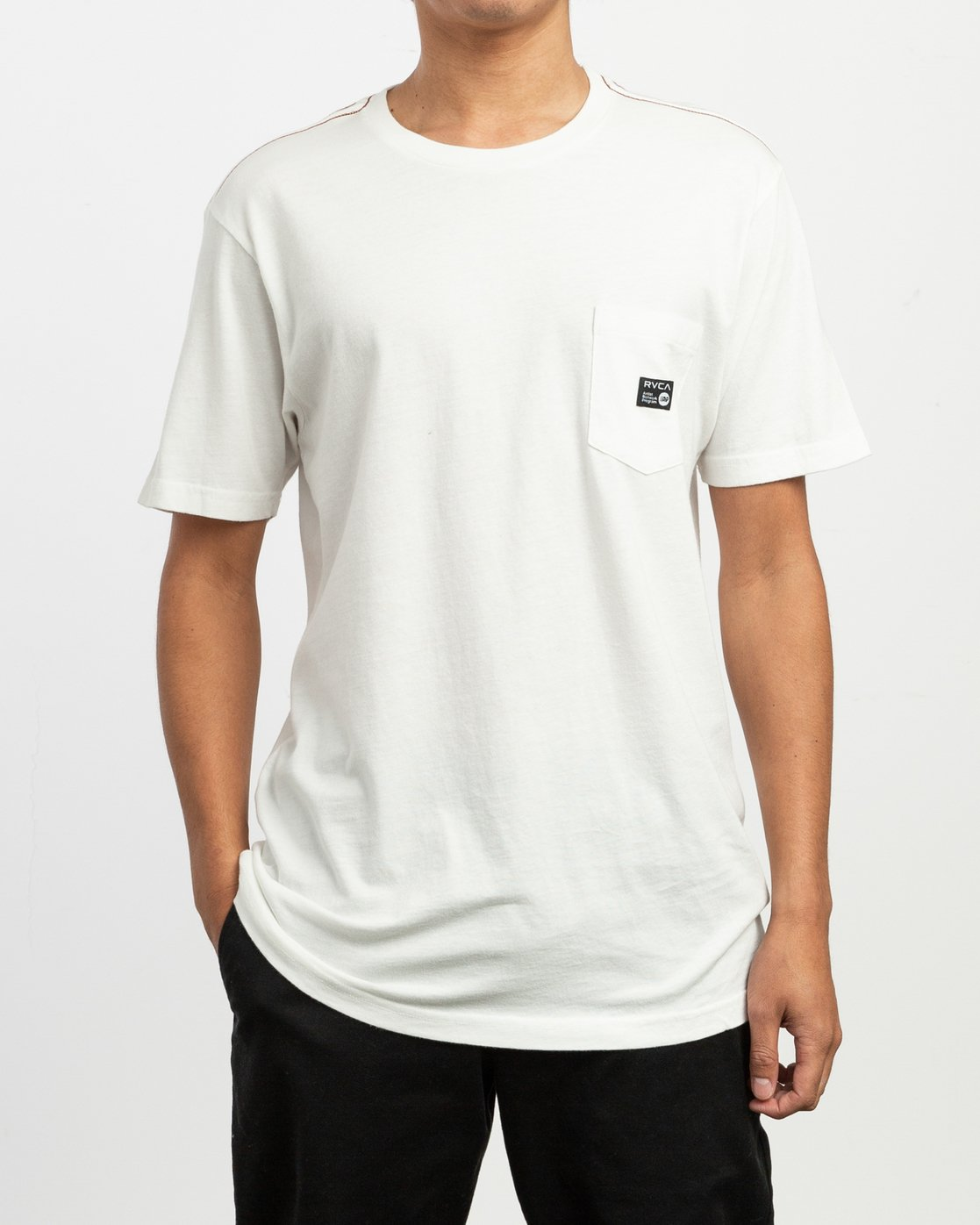 1 ANP Pocket T-Shirt White M436TRAN RVCA