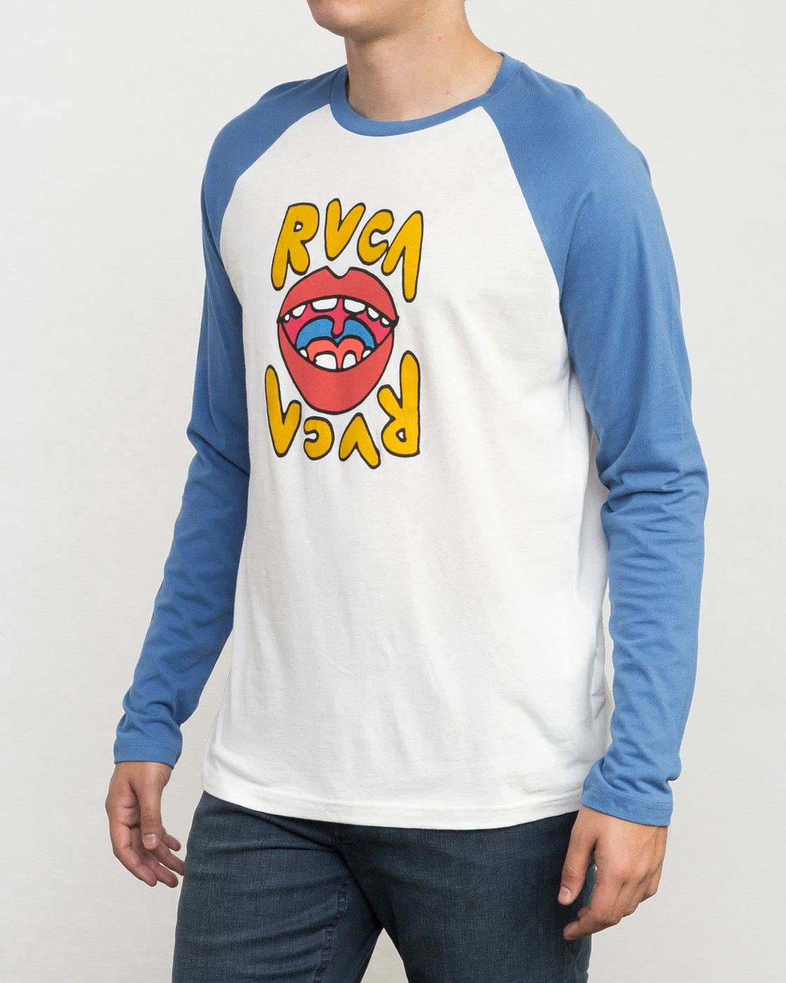 2 Flip Lip Long Sleeve Baseball Raglan  M454PRFL RVCA