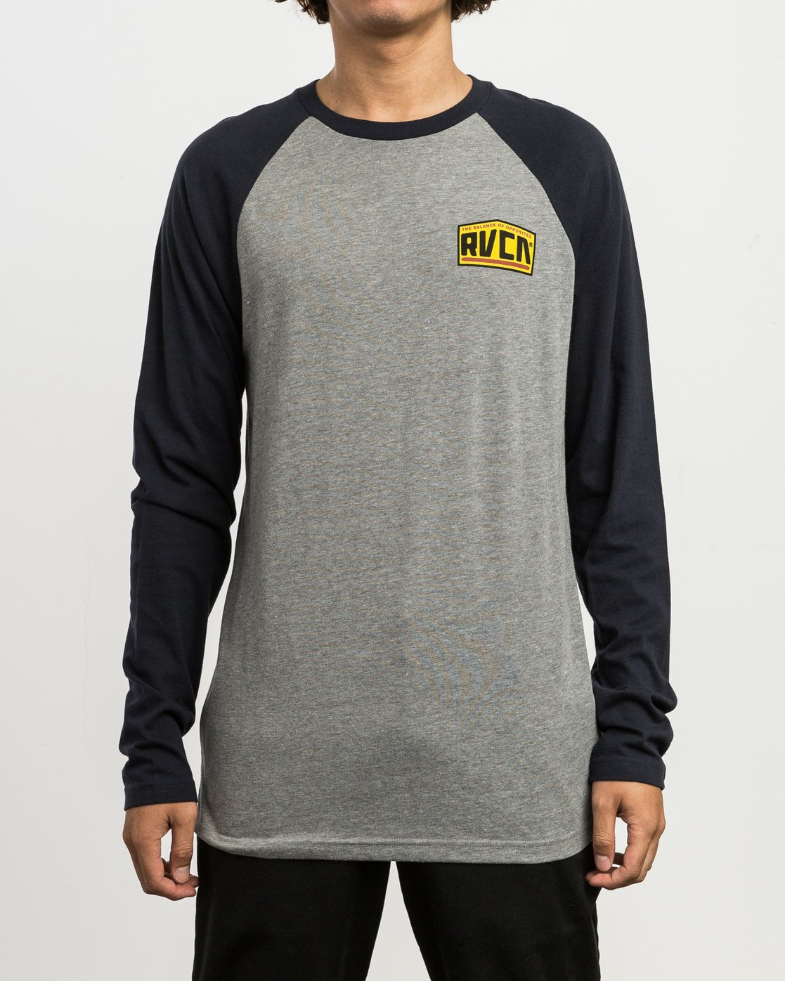 2 Roadside Baseball Raglan T-Shirt  M454SRRO RVCA