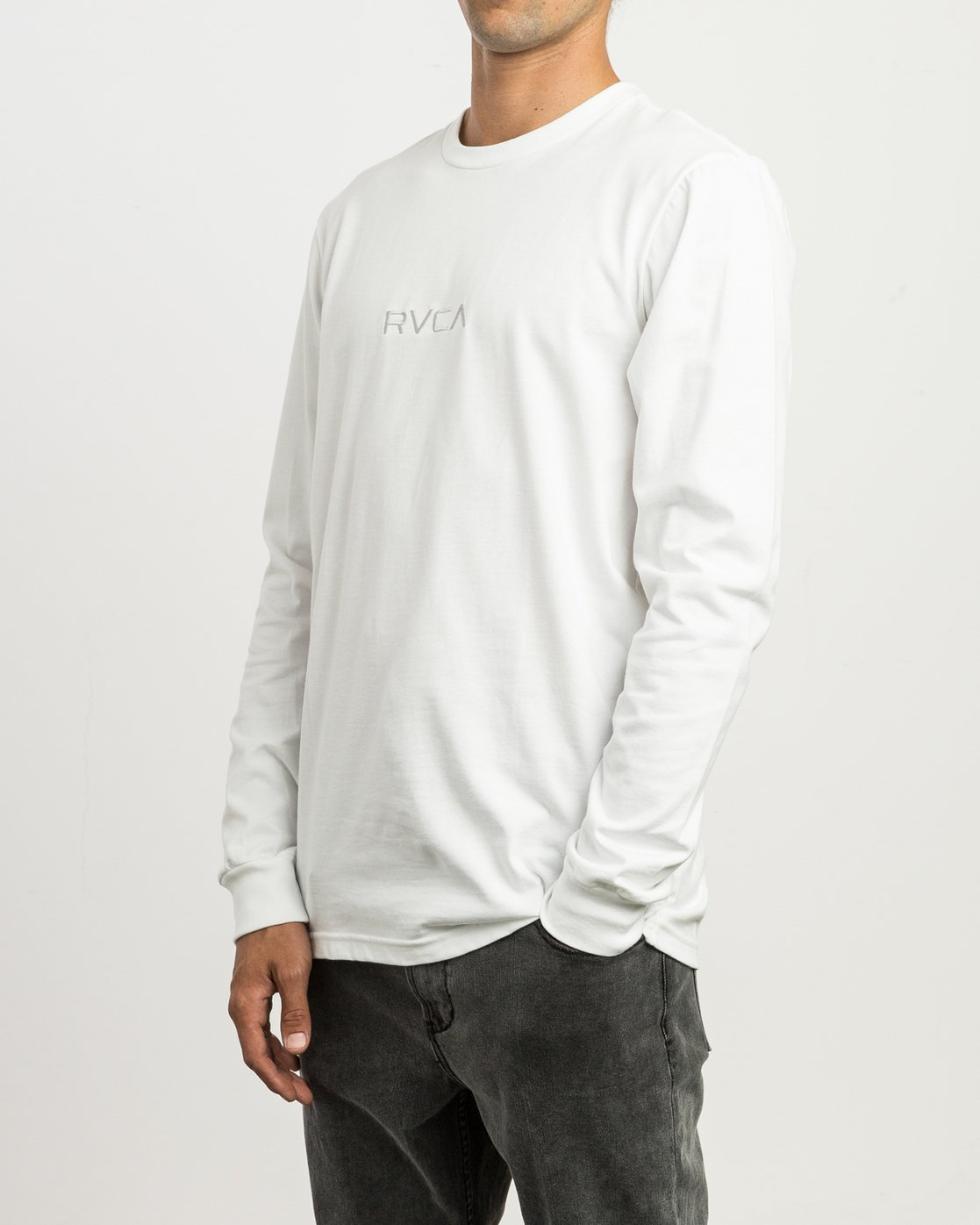 2 Small RVCA Embroidered Long Sleeve T-Shirt White M465SRSM RVCA