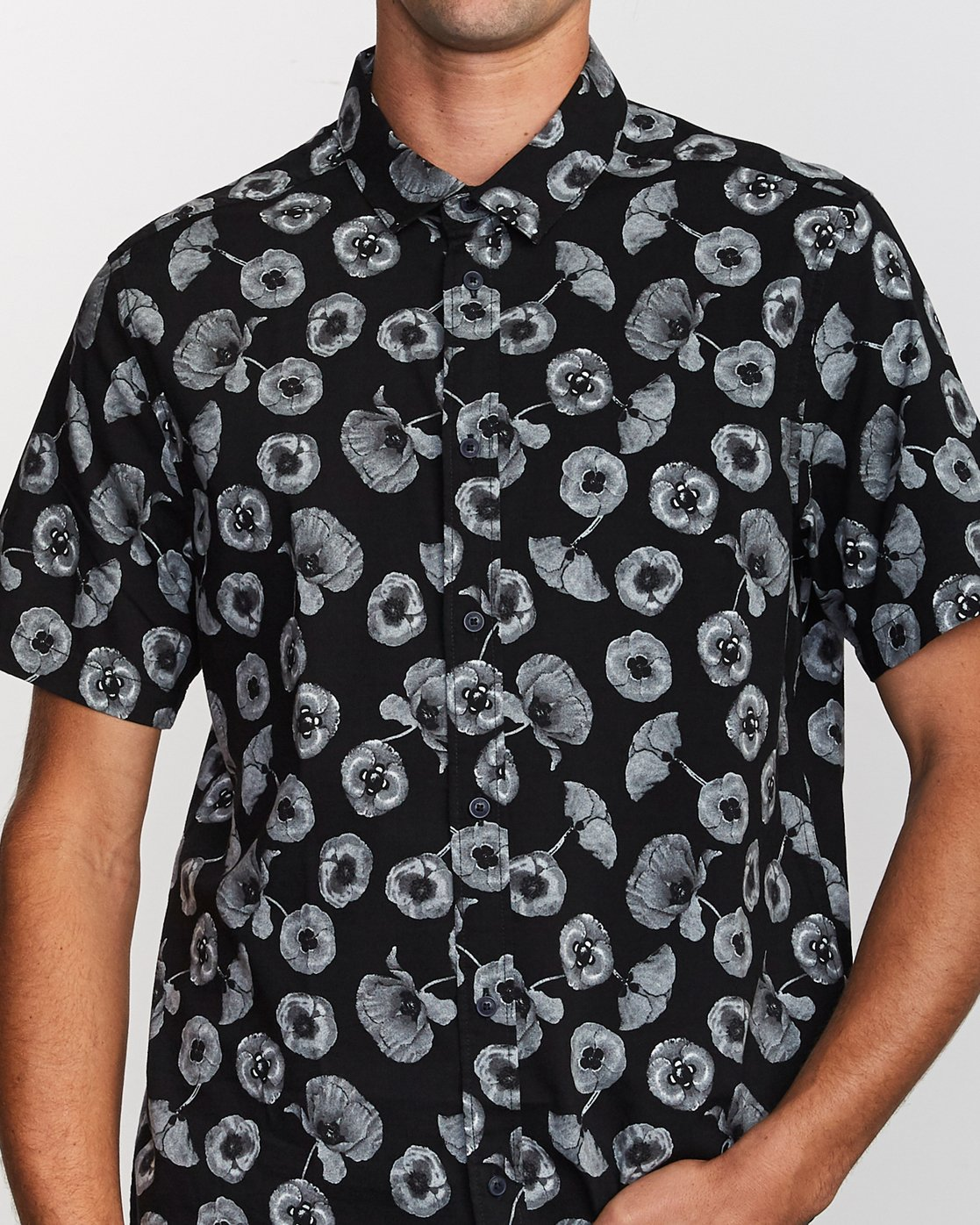 3 Peace Poppy Button-Up Shirt Black M510VRPP RVCA