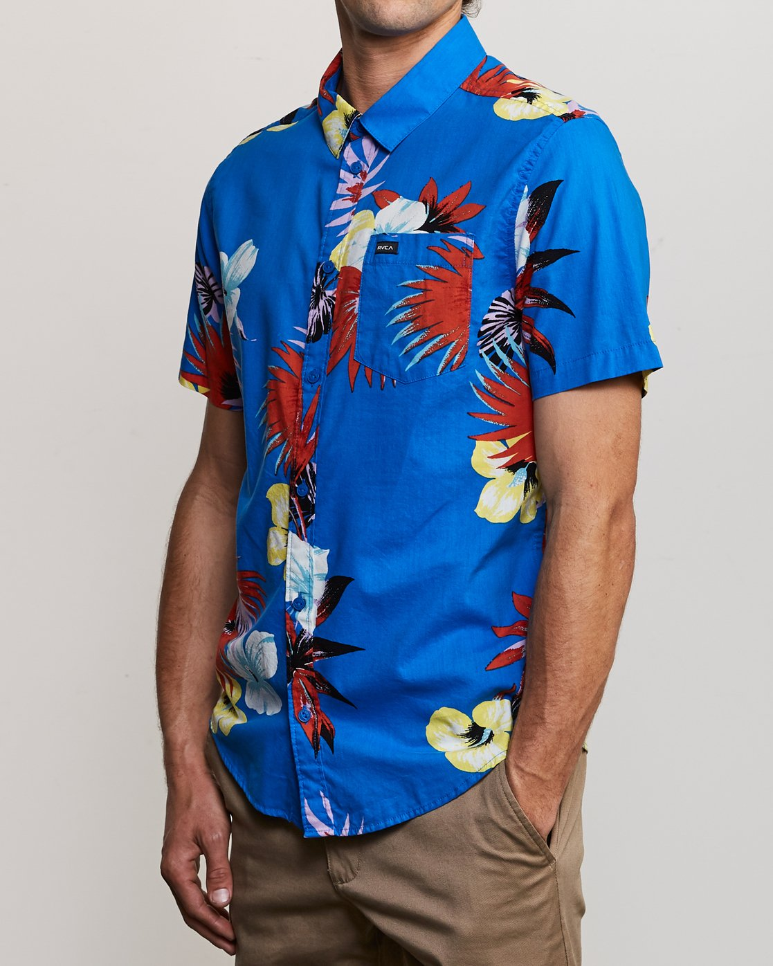 3 Romeo Floral Button-Up Shirt Blue M567URRF RVCA