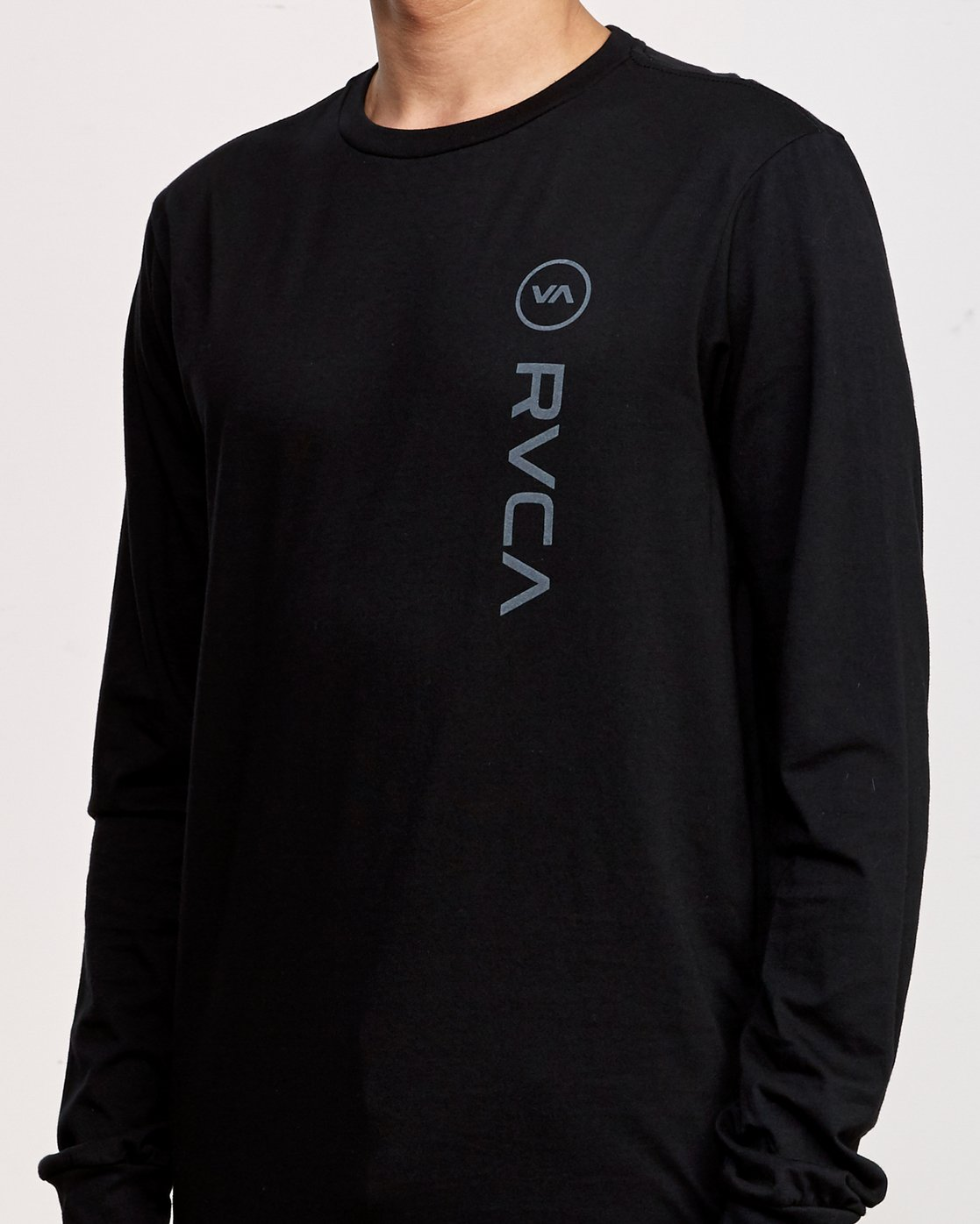 4 RVCA Sport Long Sleeve T-Shirt Black M800K00R RVCA