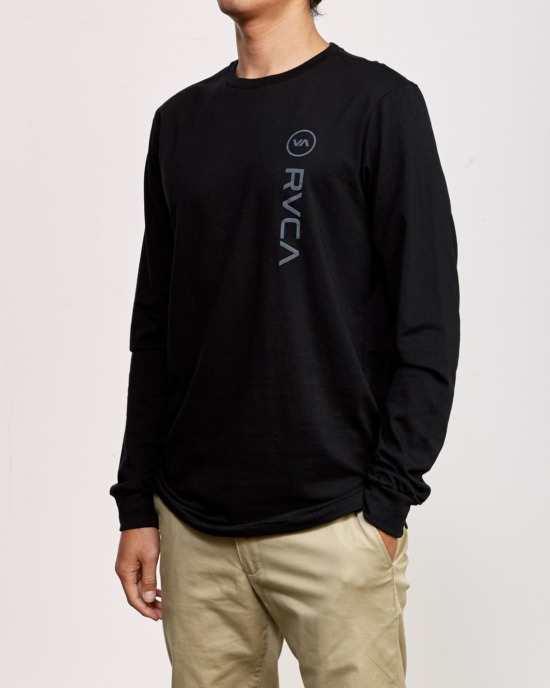 2 RVCA Sport Long Sleeve T-Shirt Black M800K00R RVCA