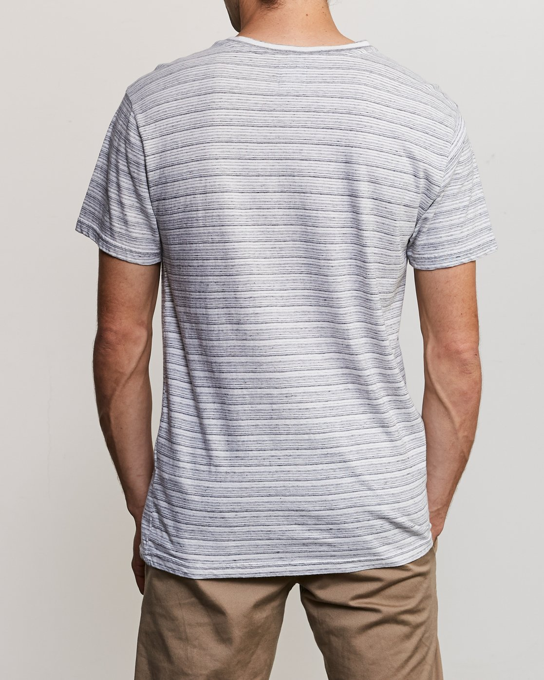 3 Exhauster Henley Knit Shirt White M901UREX RVCA
