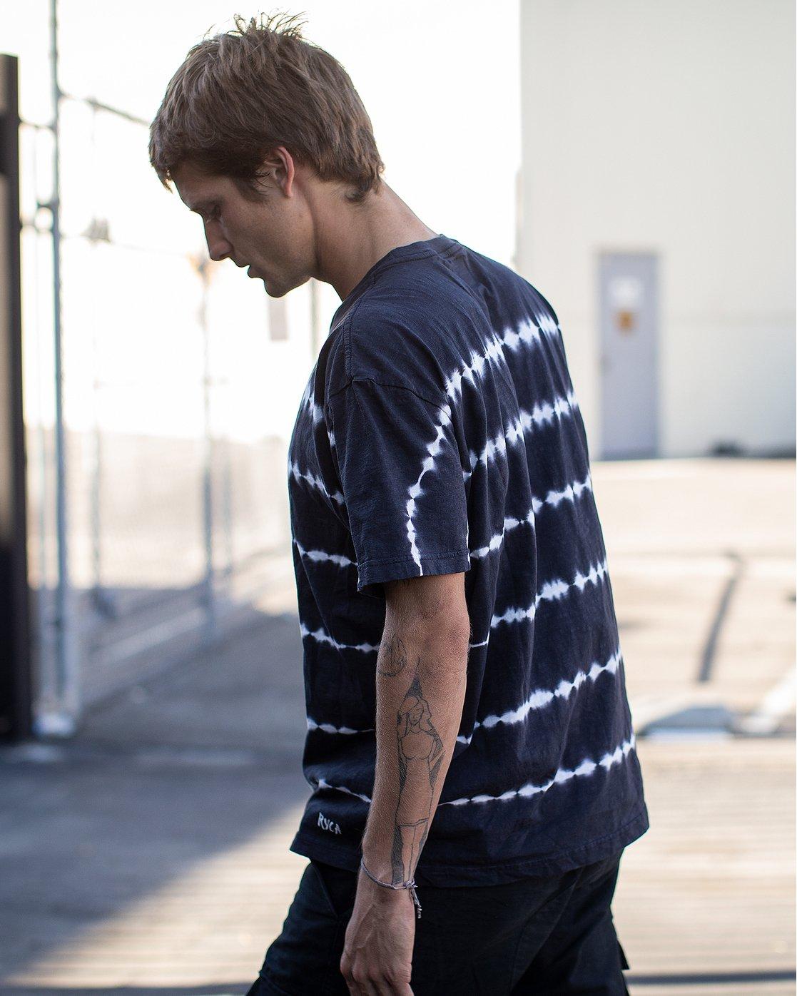 1 Rail Stripe Knit T-Shirt Black M905VRRS RVCA