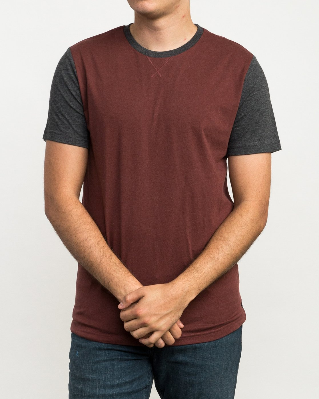 1 Pick Up II Knit T-Shirt Red M913QRPU RVCA
