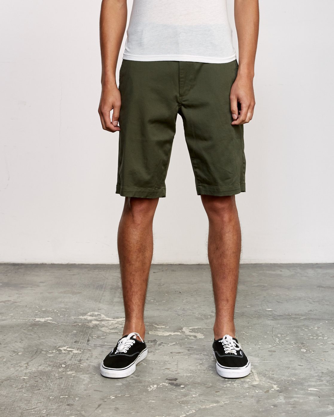 1 Week-End Stretch Shorts Green MC202WKS RVCA