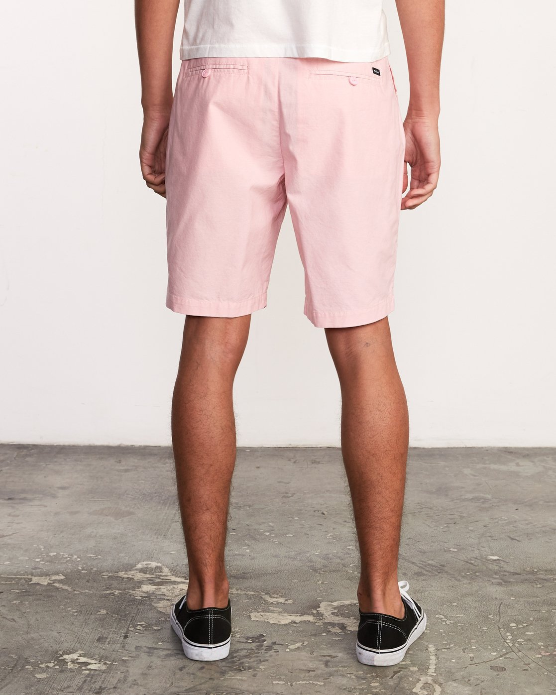4 That'll Walk Oxford Short Pink MJ214TWO RVCA