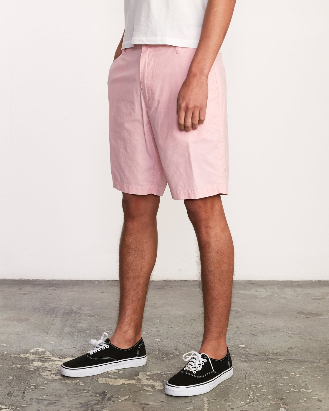 2 That'll Walk Oxford Short Pink MJ214TWO RVCA