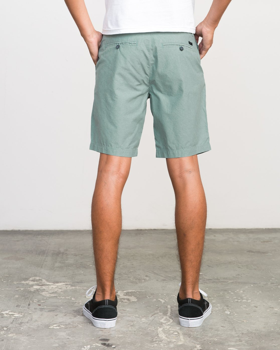 4 That'll Walk Oxford Short Green MJ214TWO RVCA