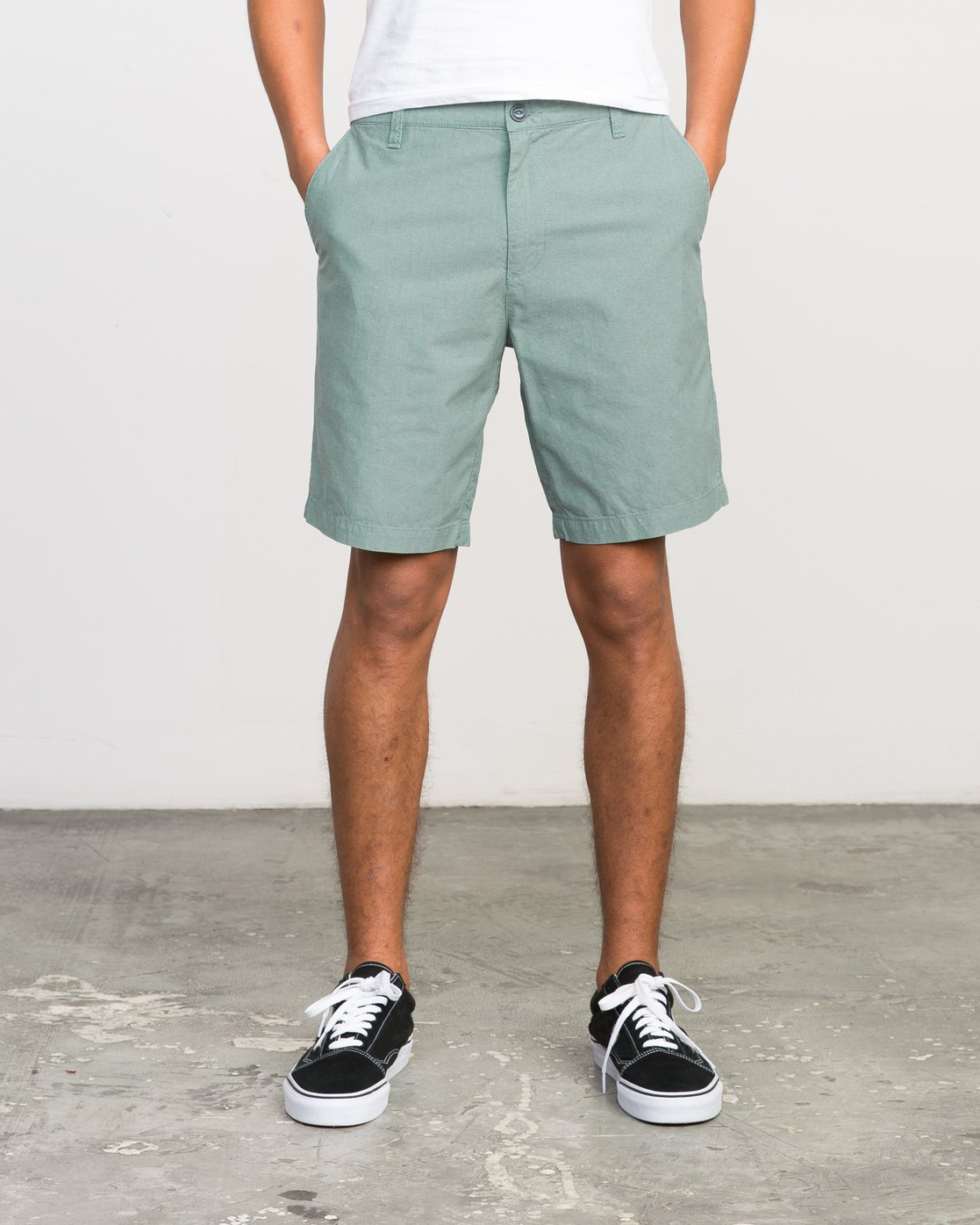 1 That'll Walk Oxford Short Green MJ214TWO RVCA