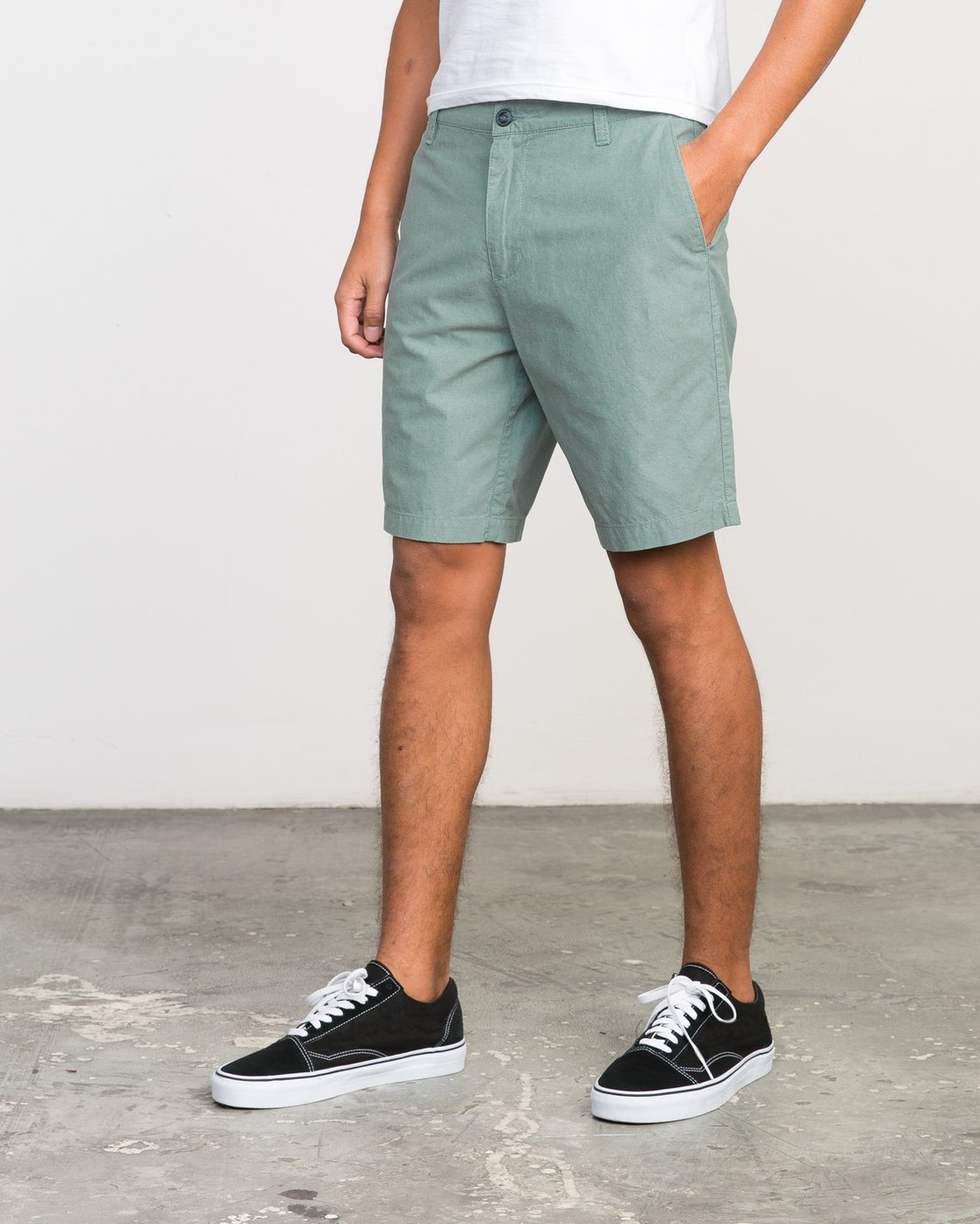 2 That'll Walk Oxford Short Green MJ214TWO RVCA