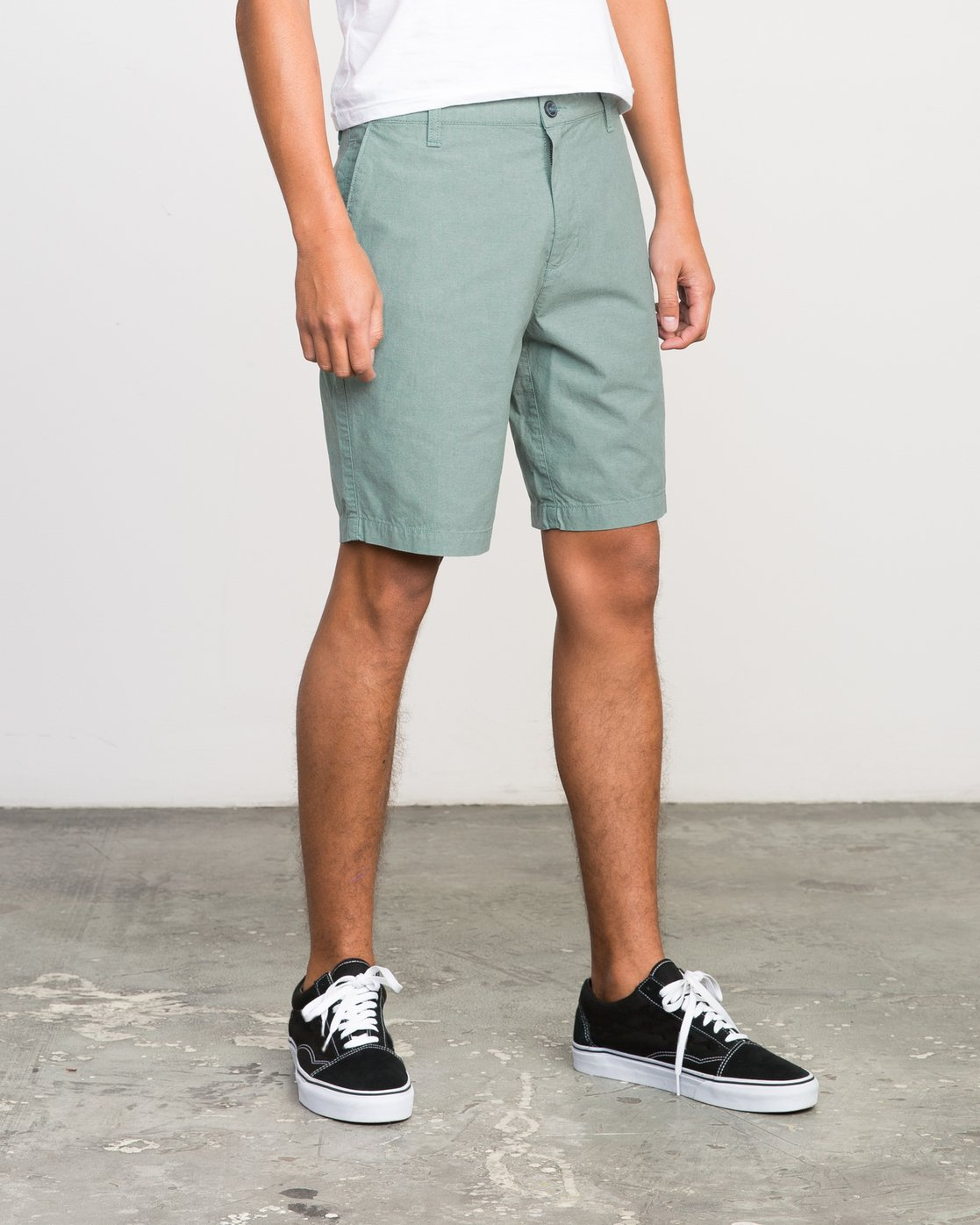 6 That'll Walk Oxford Short Green MJ214TWO RVCA