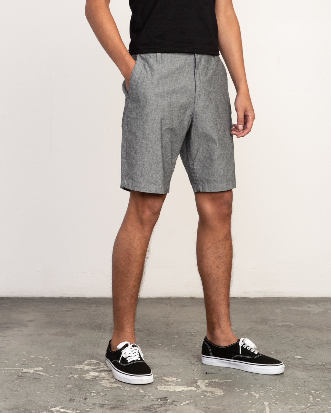 5 That'll Walk Oxford Short Black MJ214TWO RVCA