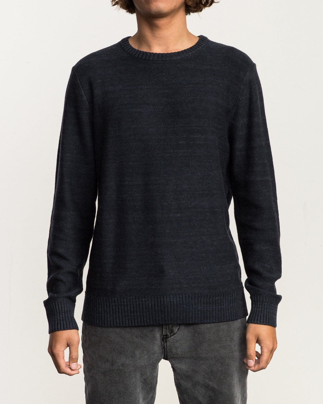 1 Man Up Sweater Black MV01QRMU RVCA