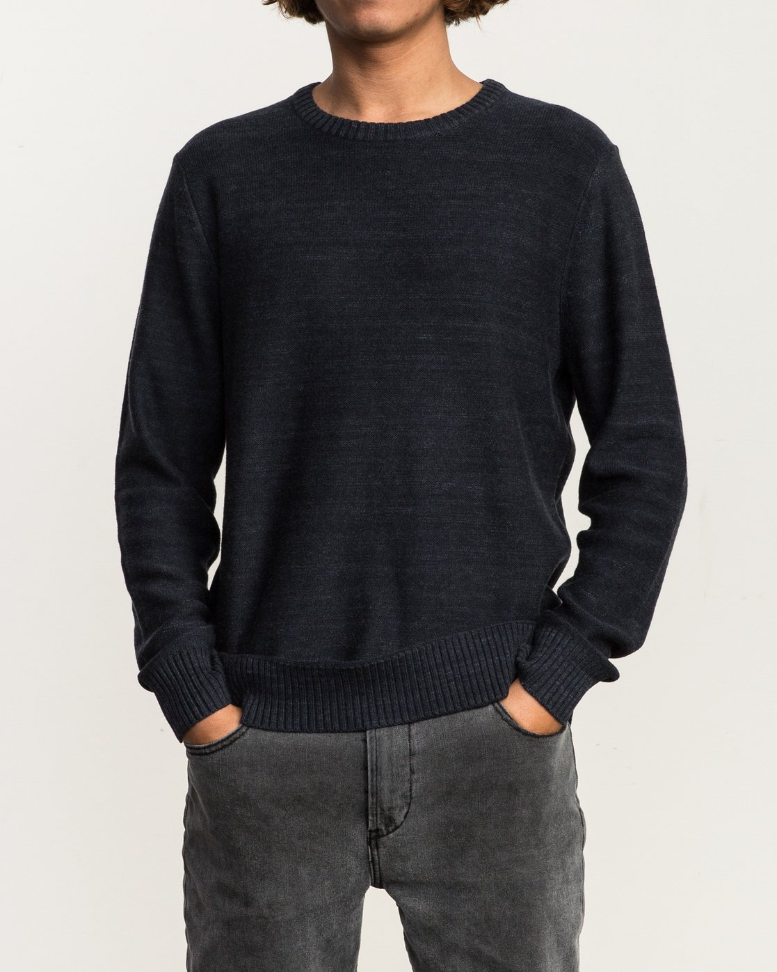 2 Man Up Sweater Black MV01QRMU RVCA