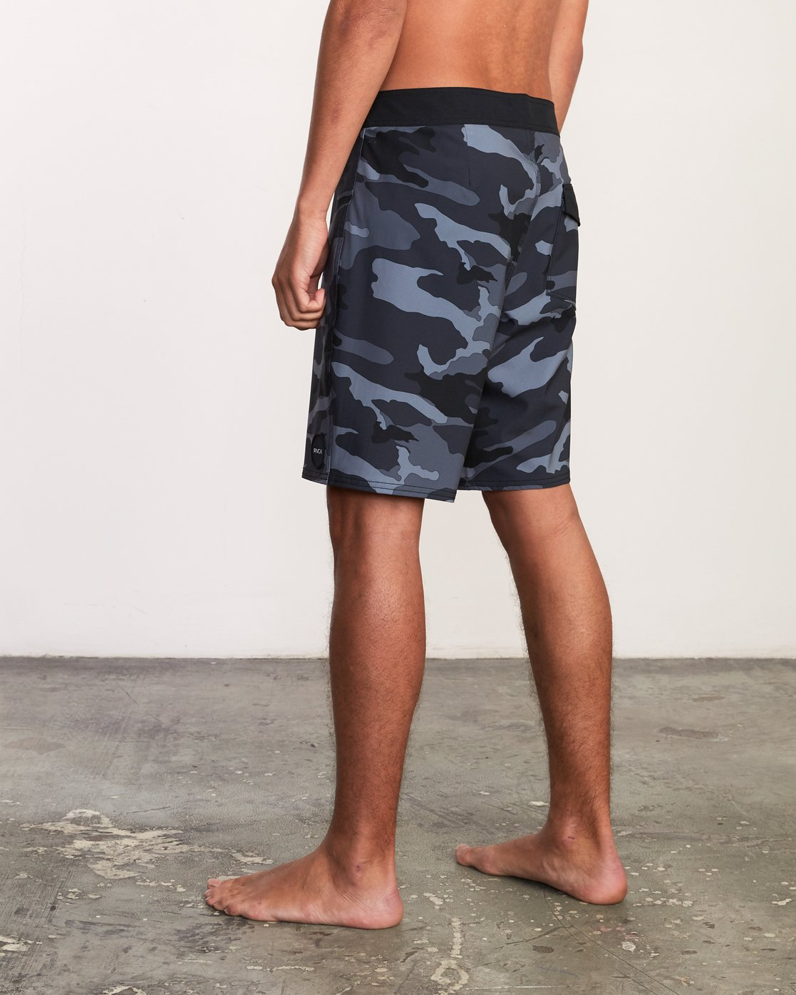 "3 VA Trunk Print - 19"" Boardshorts for Men Grey N1BSRJRVP9 RVCA"