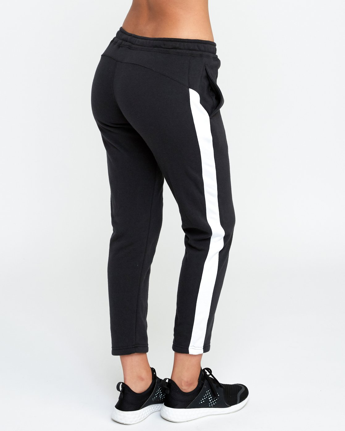 5 Tycho Fleece - Sports Jogger for Women Black N4PTWERVP9 RVCA
