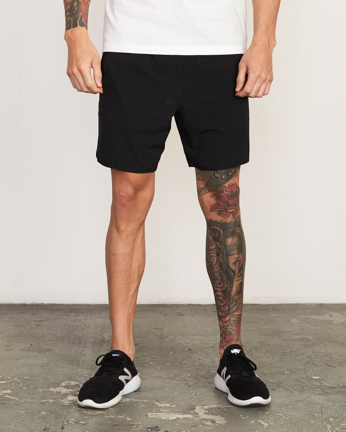 "1 Yogger Stretch 17"" Short Black N4WKMFRVP9 RVCA"
