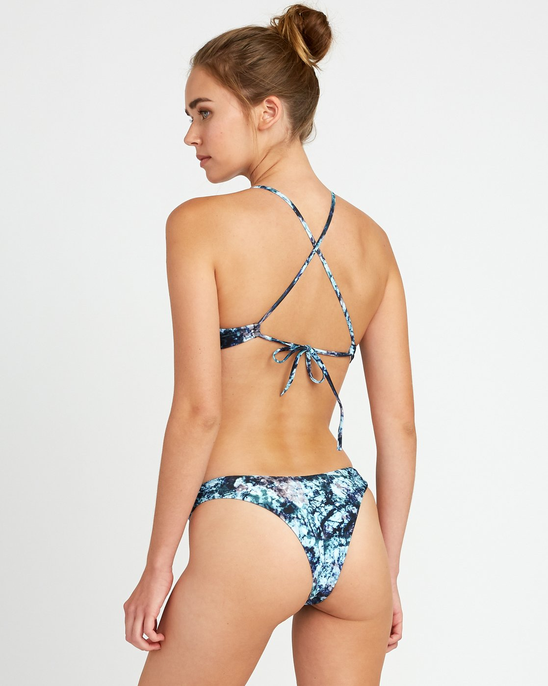 2 Tye Tye - Crossback Bikini Top for Women  P3STRSRVS9 RVCA
