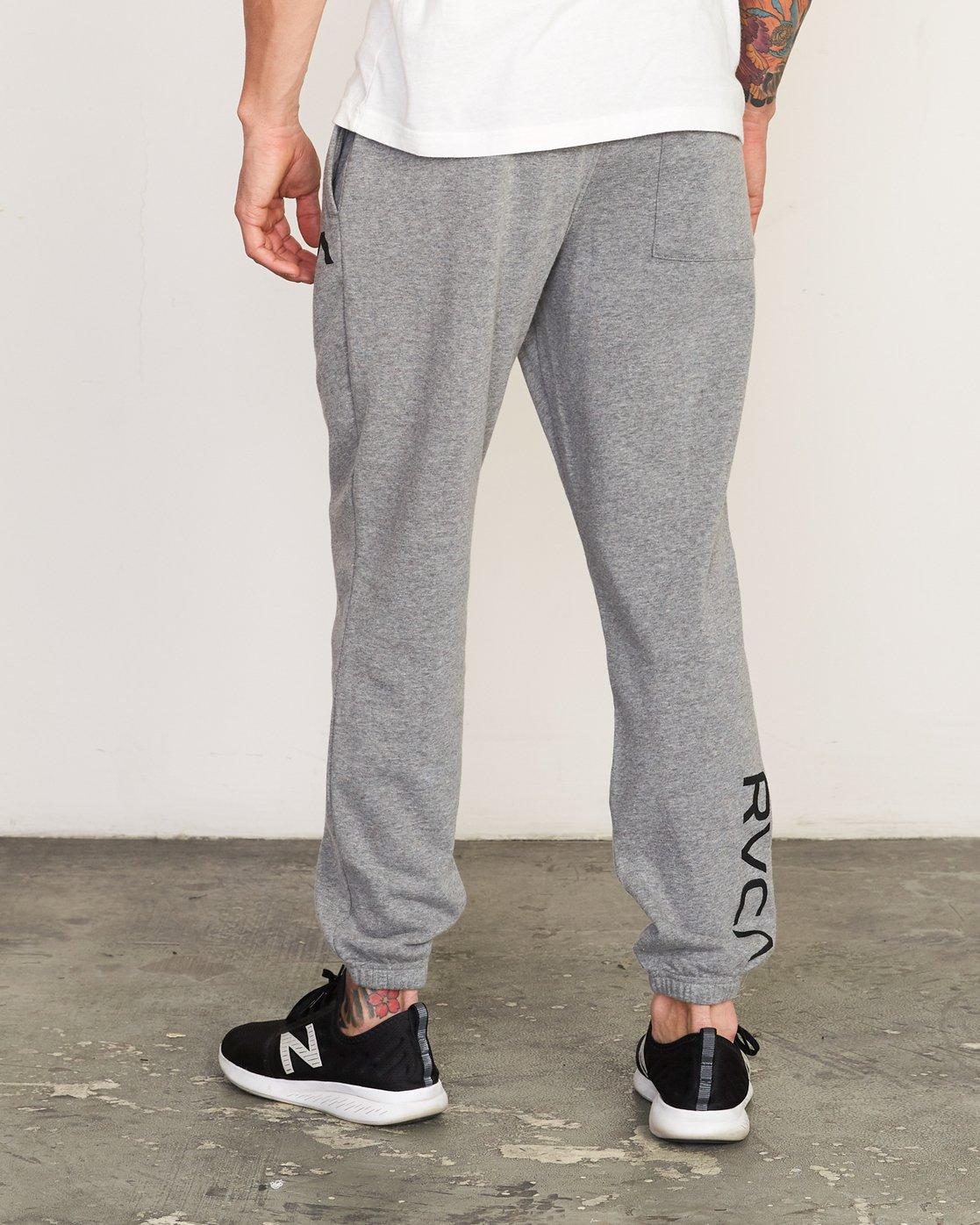 2 Cage II  - Sports SweatTrousers Grey Q4PTMARVF9 RVCA