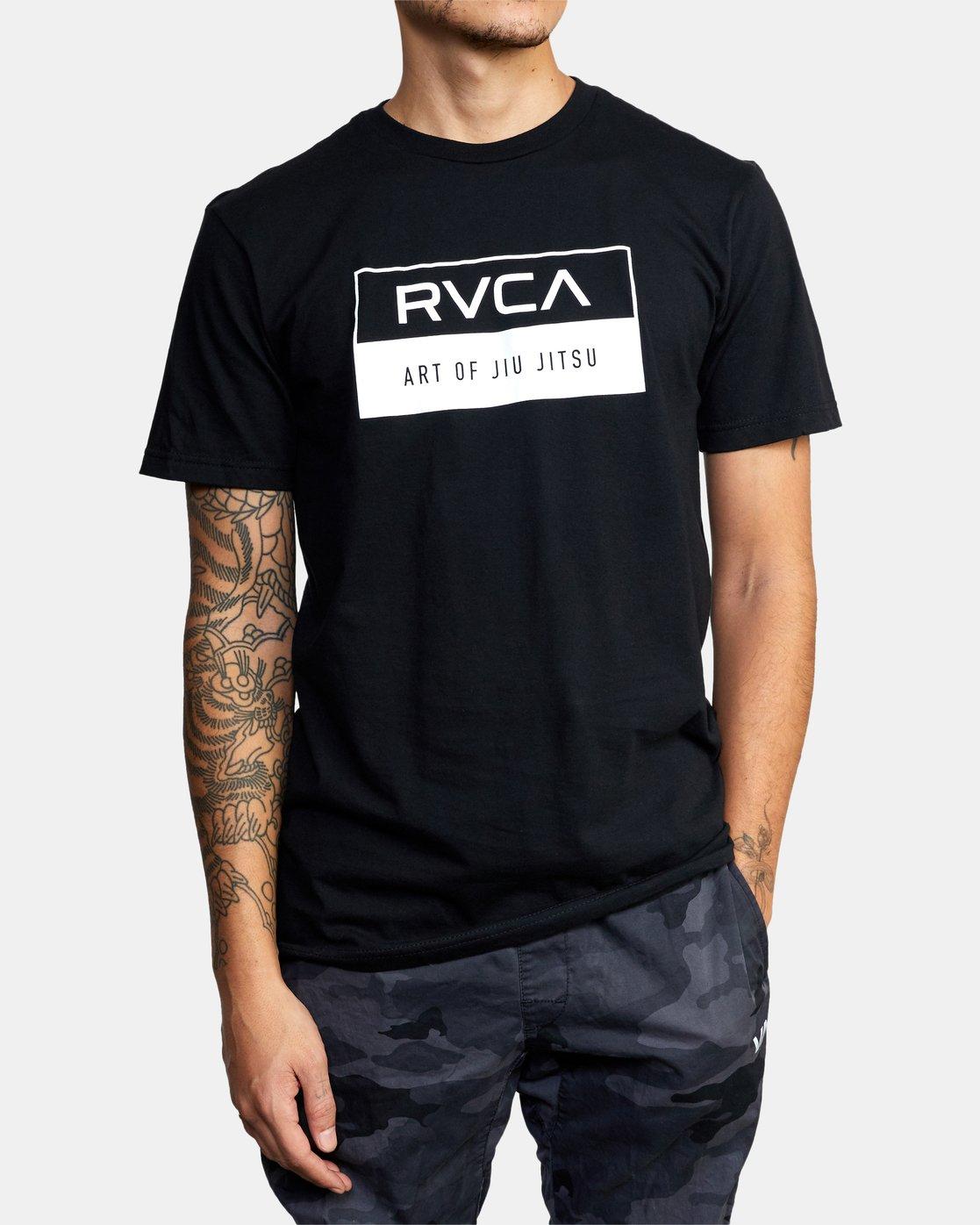 3 AOJ INVERT BOX Black Q4SSABRVF9 RVCA