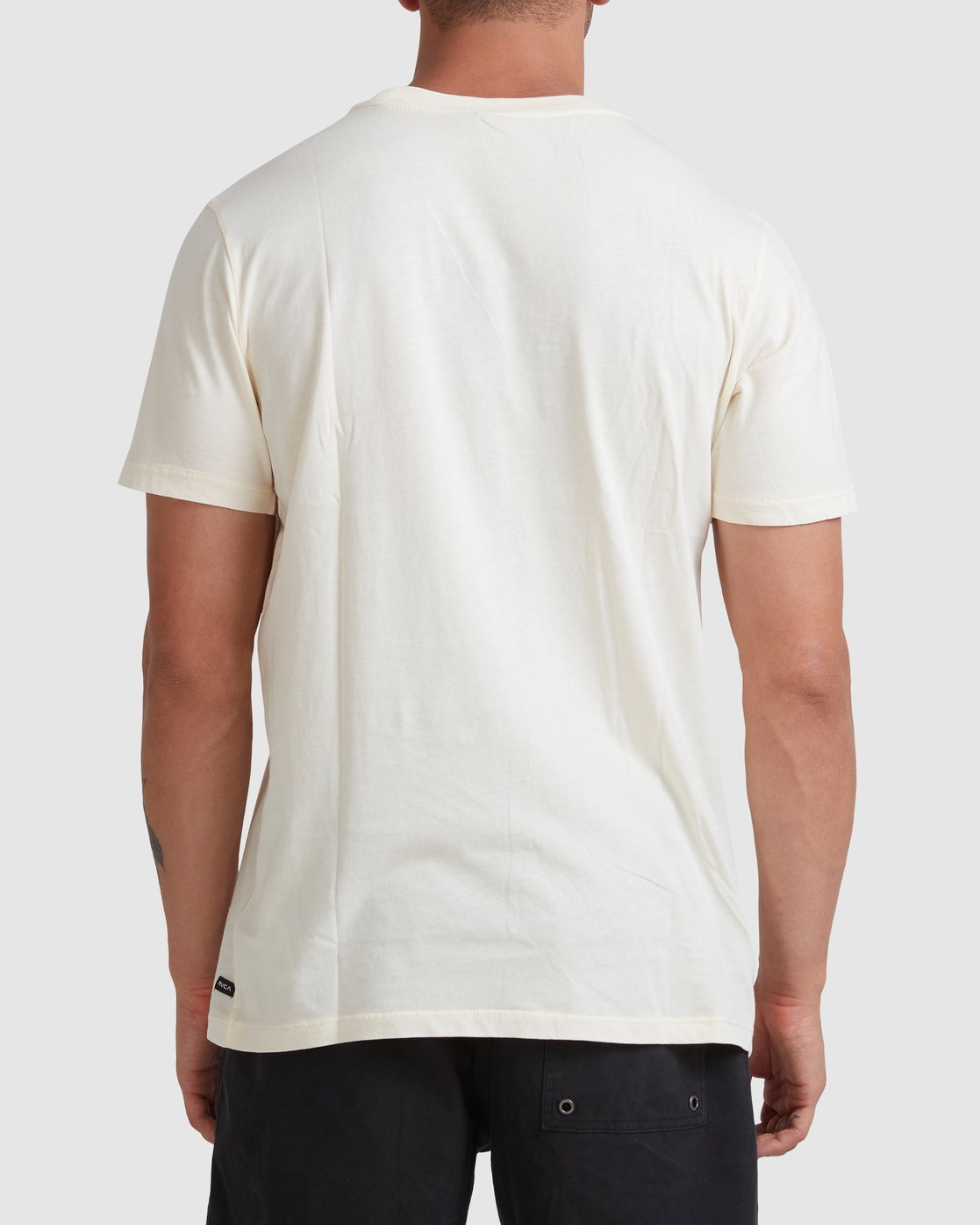 2 Rvca Washed Short Sleeve Tee White R105050 RVCA
