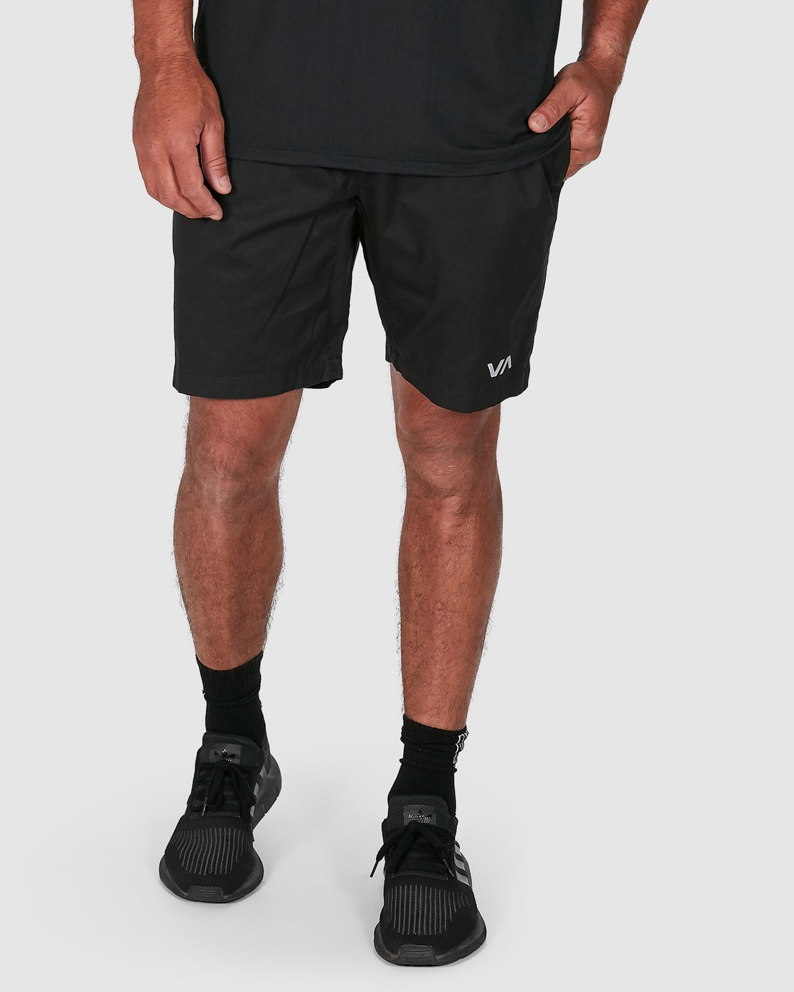 12 SPECTRUM SHORTS Black R107311 RVCA