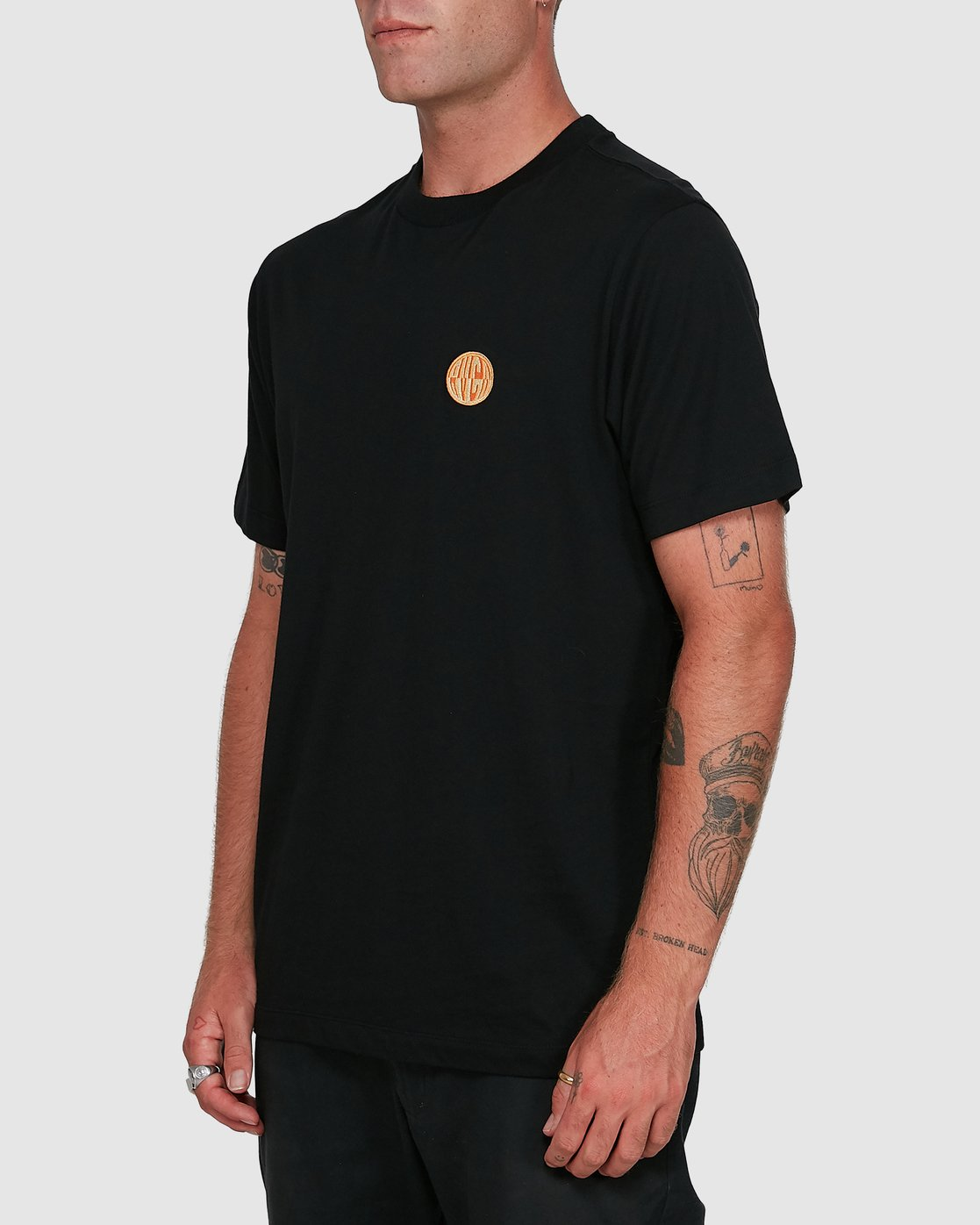 2 Rave Ball Short Sleeve Tee  R108046 RVCA