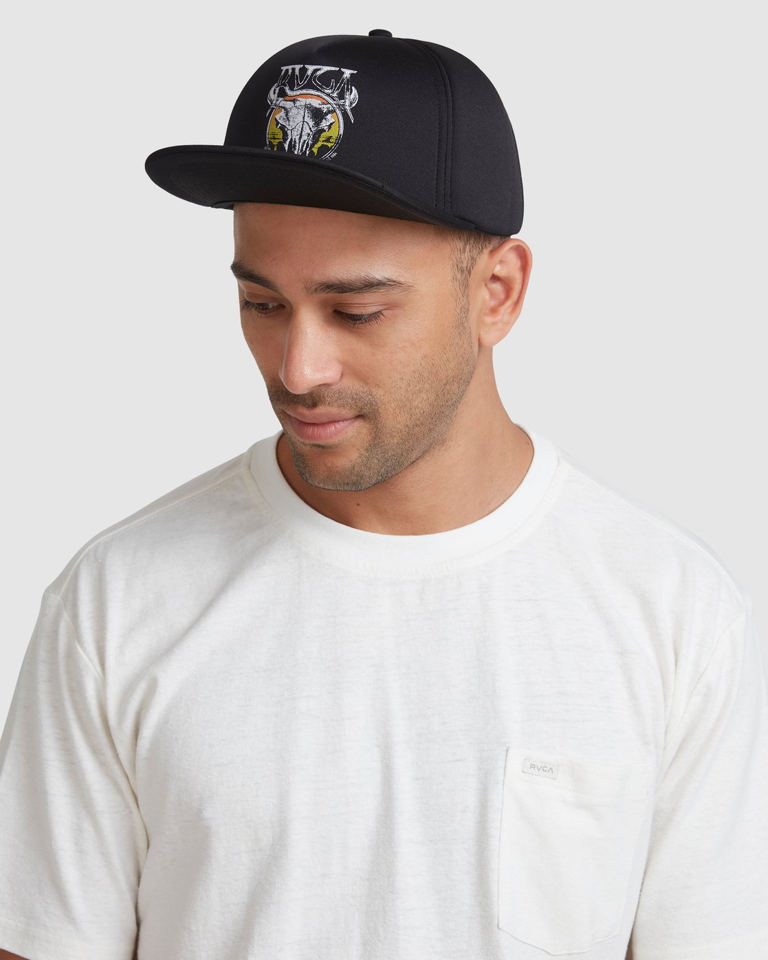 6 DEATH VALLEY FOAM SNAPBACK  R117562 RVCA